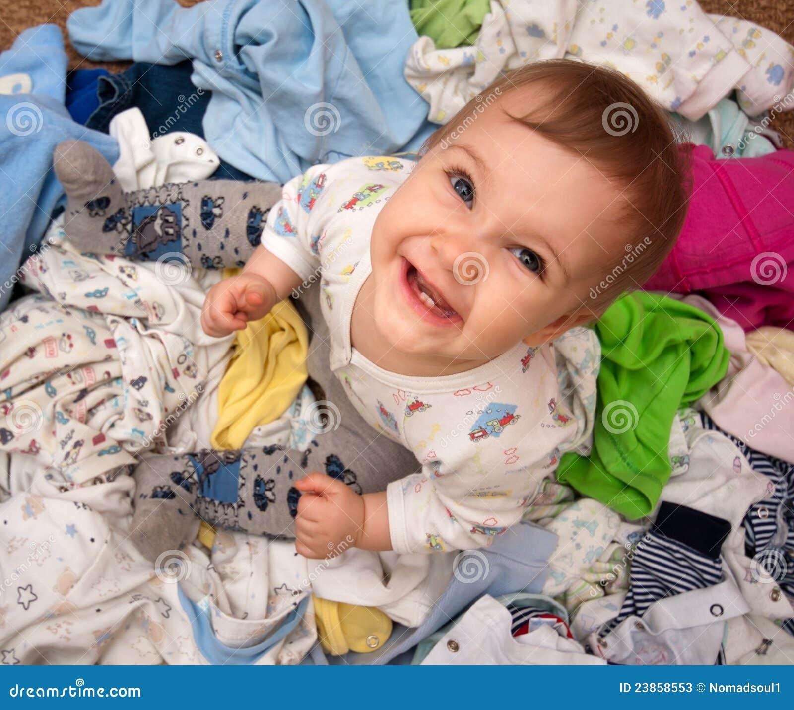 Dziecka rozsypiska odzież