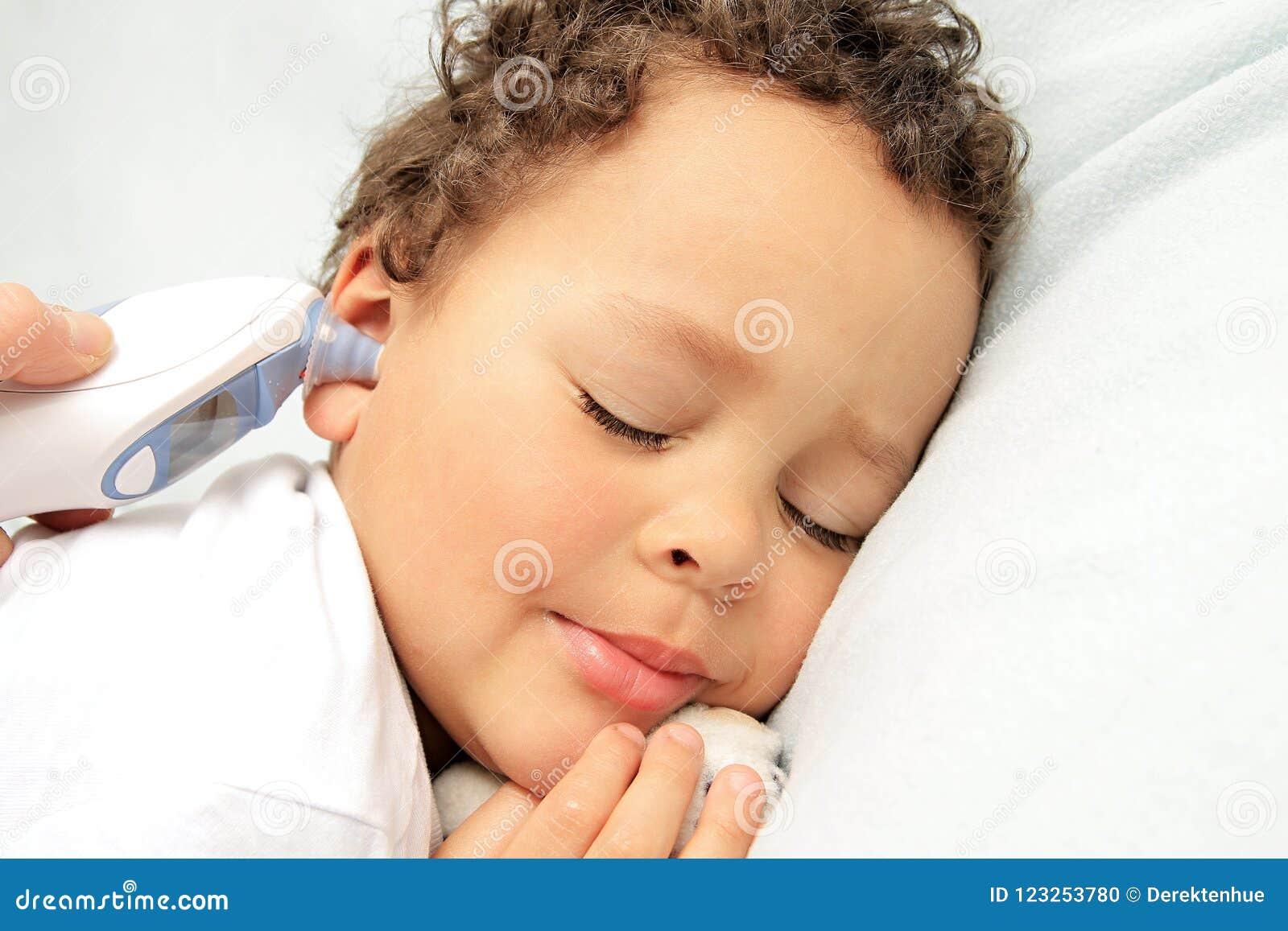 Dziecko jest chore bielizna