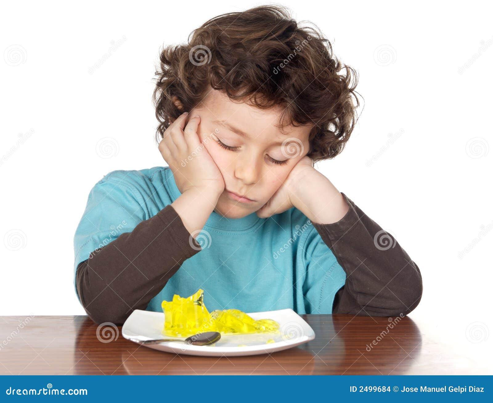 Dziecko nudną jedzenie