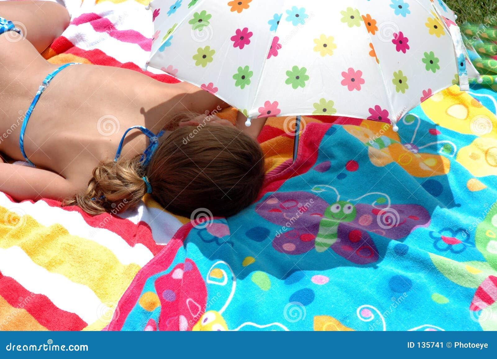 Dziecko parasolkę