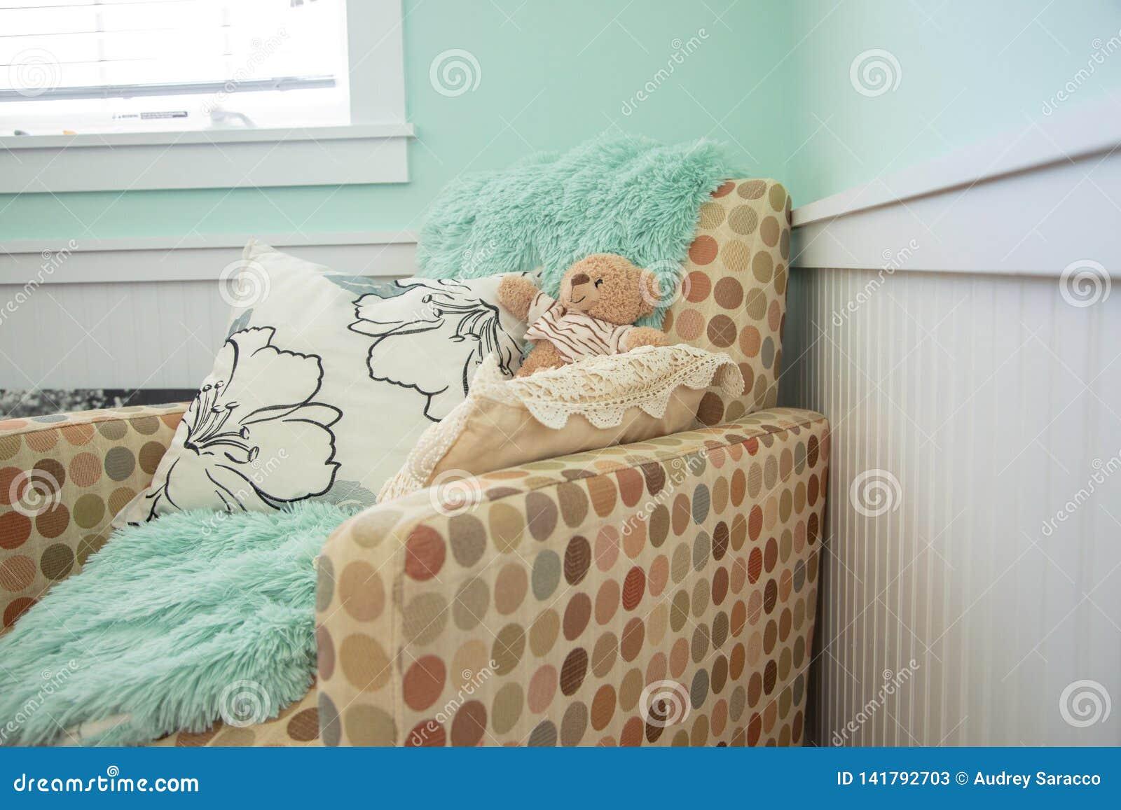 Dziecko pepiniery krzesło z koc
