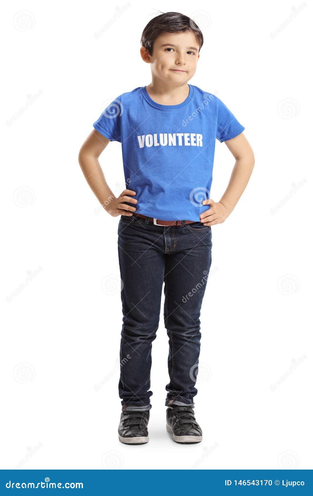 Dziecko wolontariusza pozować