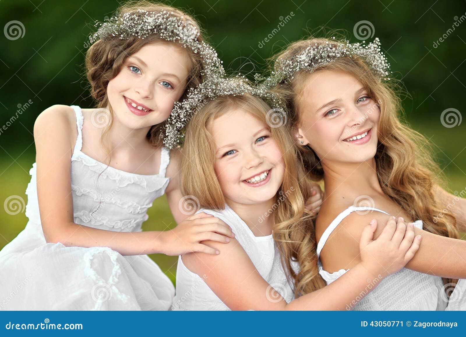 Dziewczyn portreta dwa potomstwa