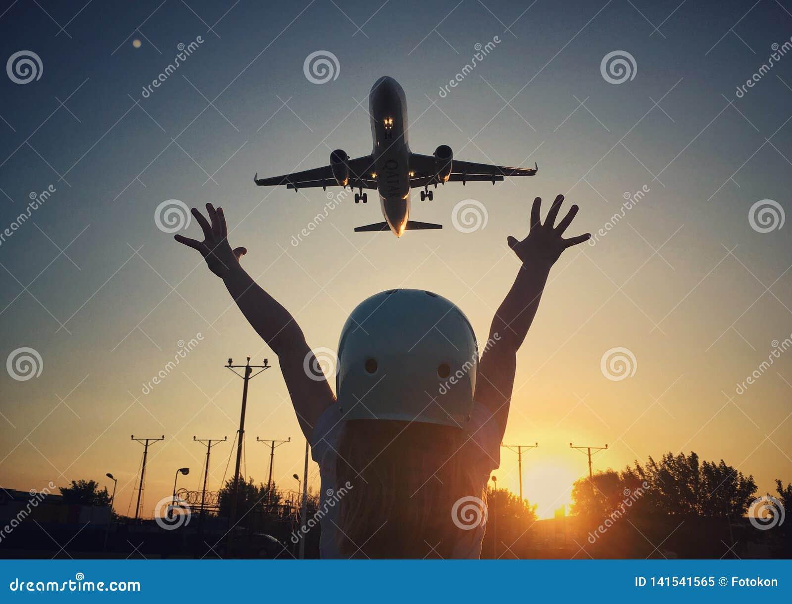 Dziewczyna i samolot