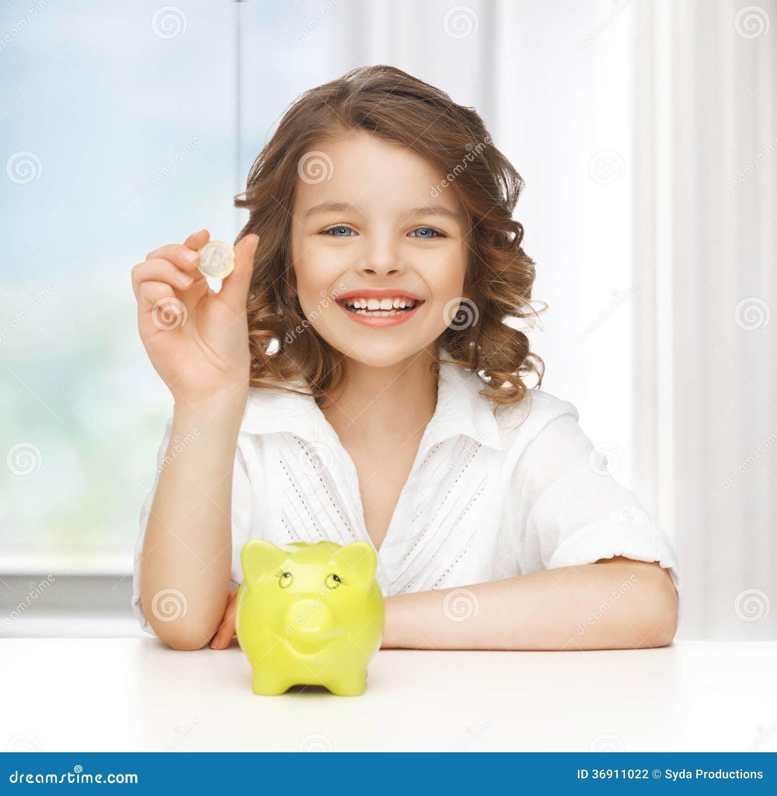Dziewczyna z prosiątko bankiem