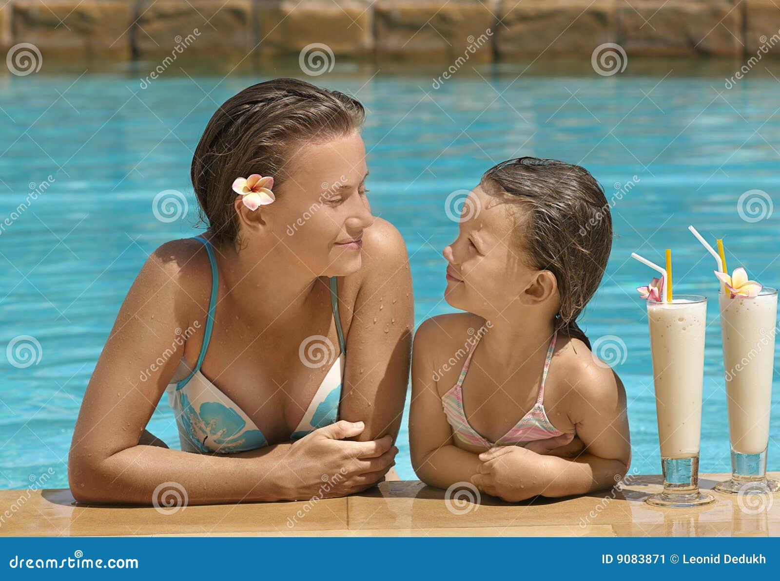 Dziewczyny basenu pływacka kobieta