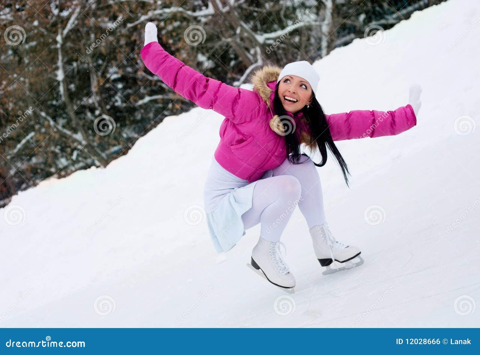 Dziewczyny jazda na łyżwach