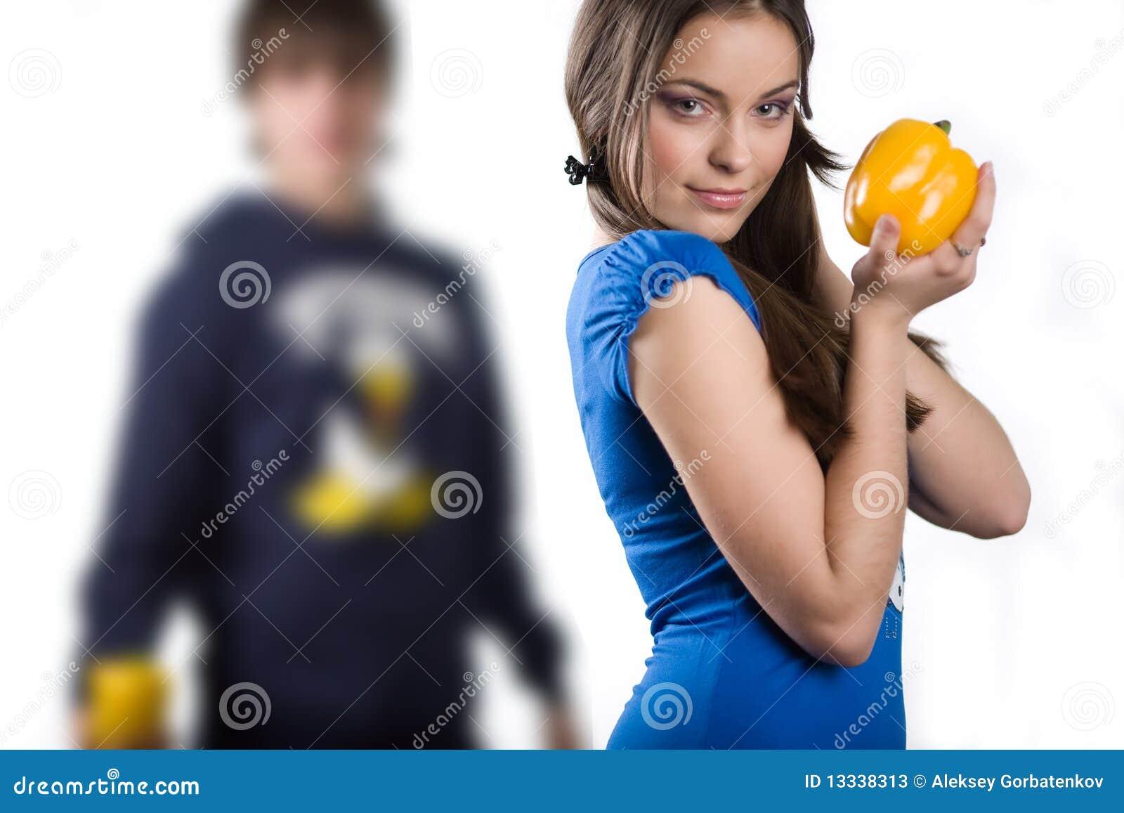 Dziewczyny kolor żółty pieprzowy słodki