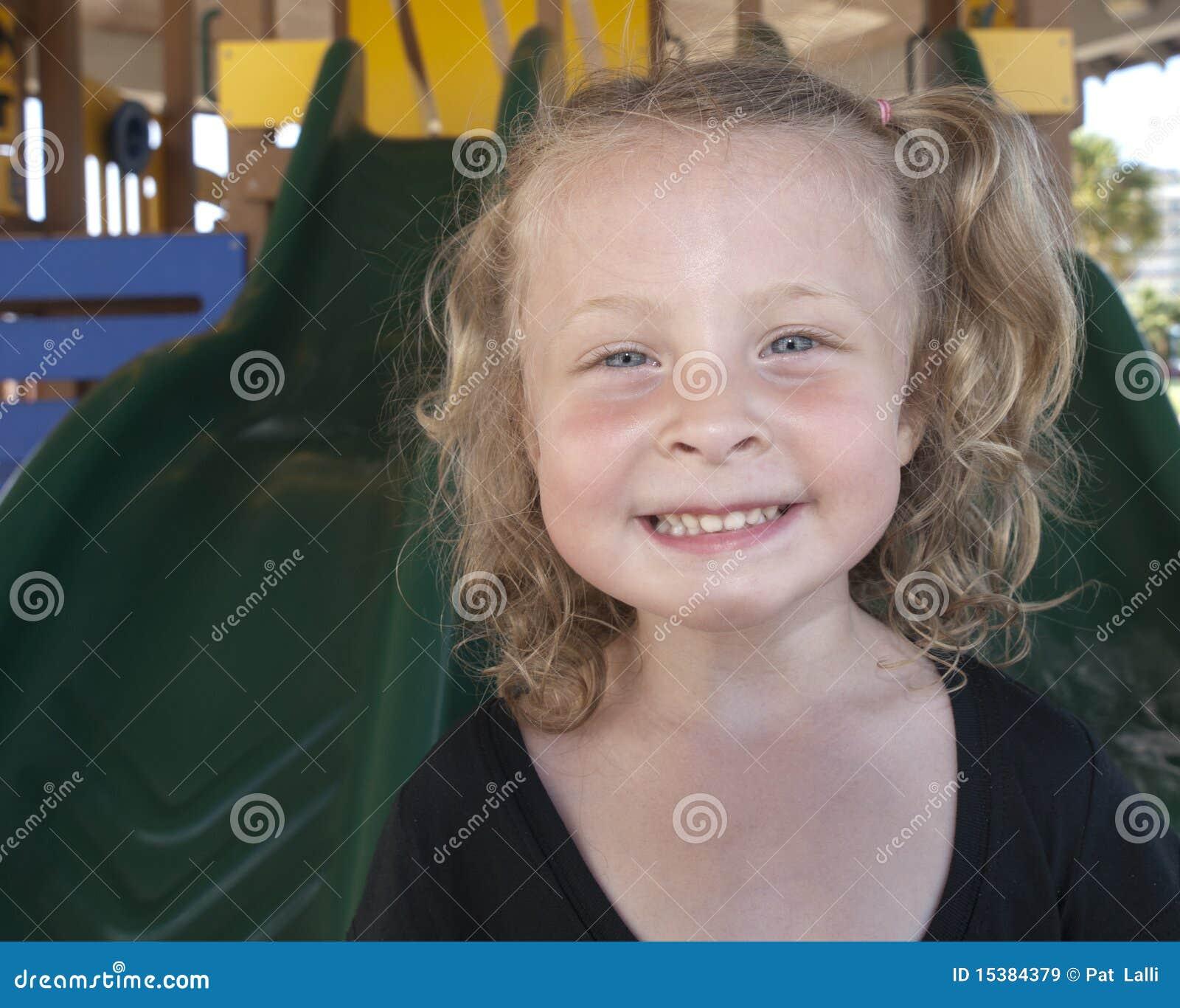 Dziewczyny mały portrajt ja target126_0_