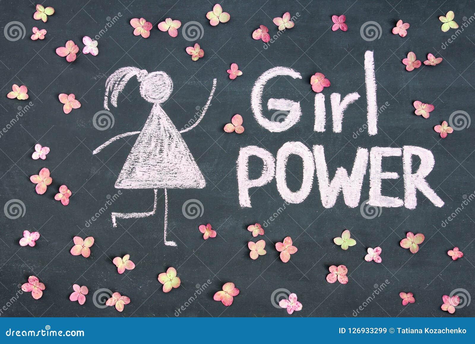 DZIEWCZYNY władzy kreda pisać wiadomość i kobieta rysunkowy symbol na cha
