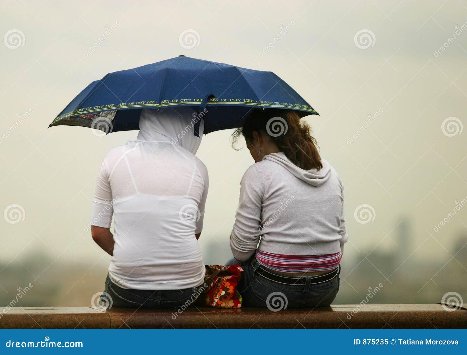 Dziewczyny w parasolowy