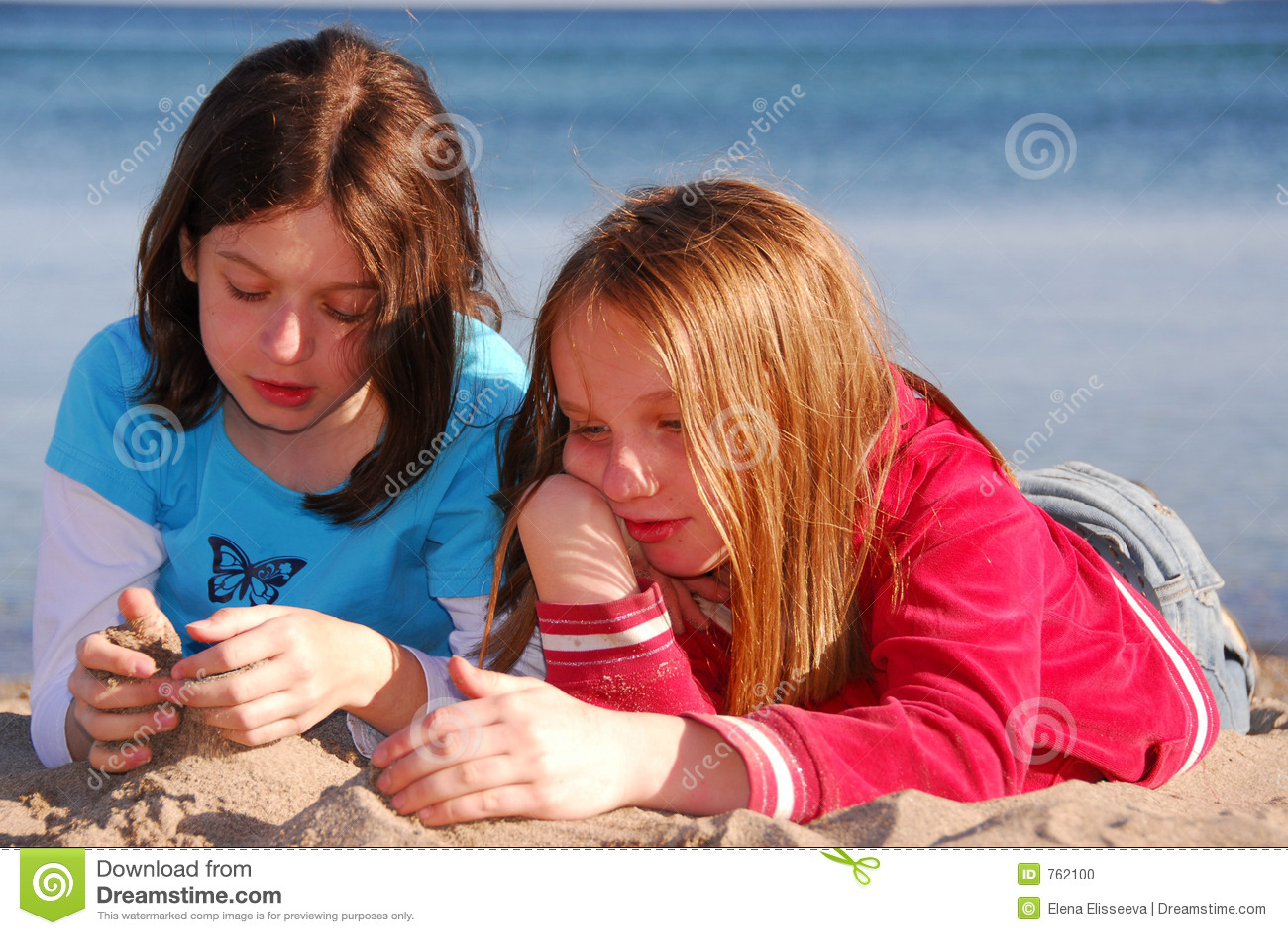 Dziewczyny z przyjacielem