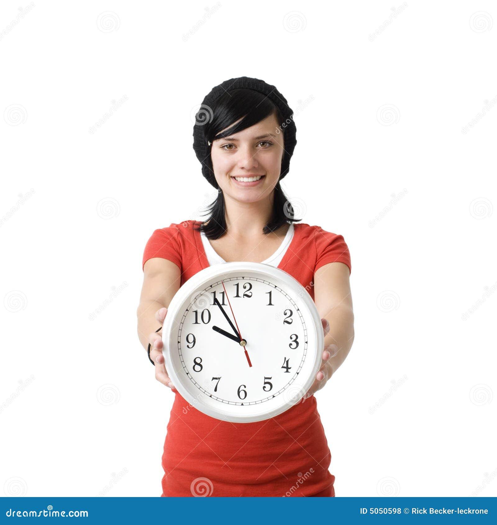 Dziewczyny zegara się uśmiecha