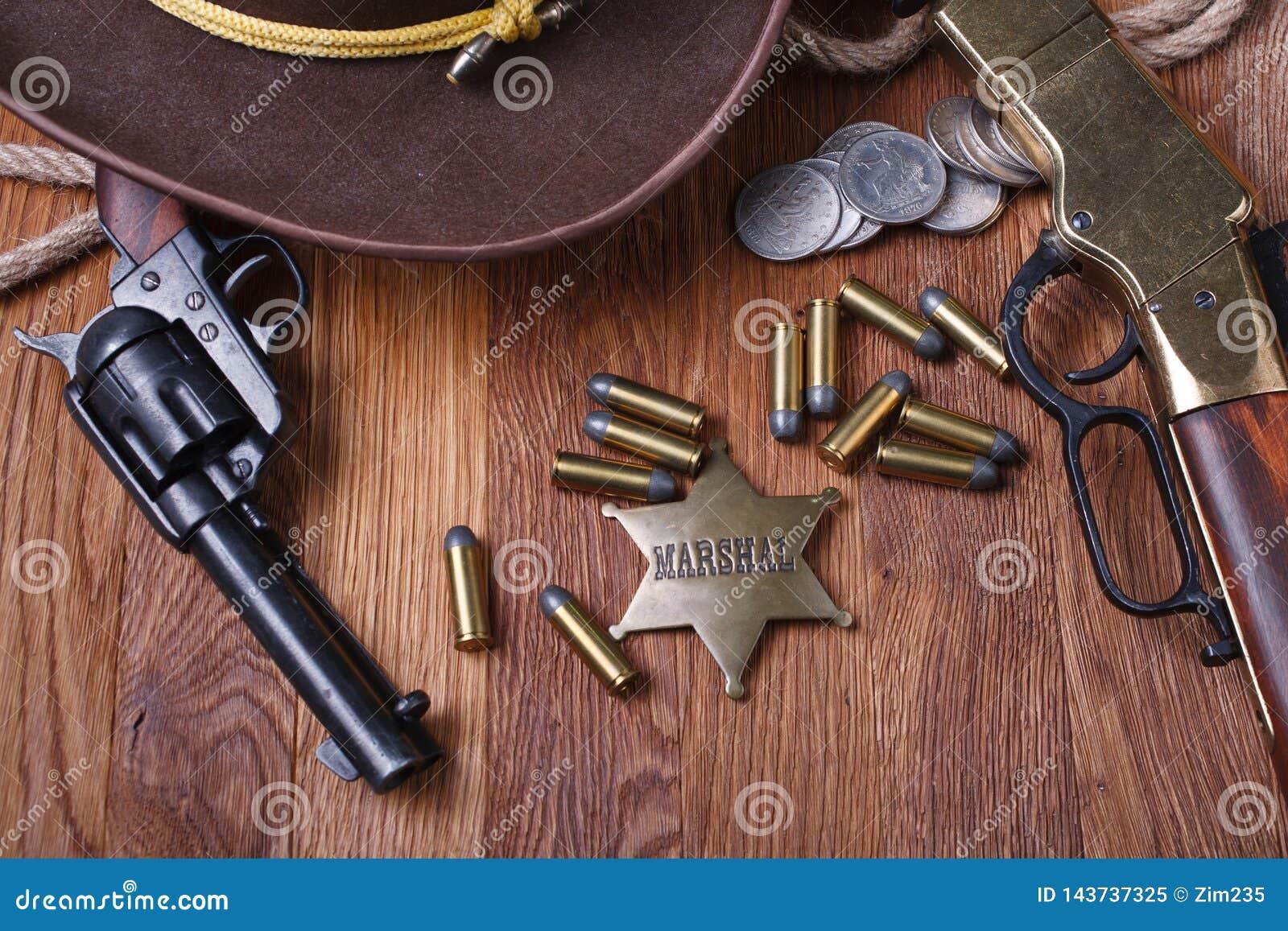 Dziki zachodu pistolet, amunicje i U, S Marsza?ek odznaka