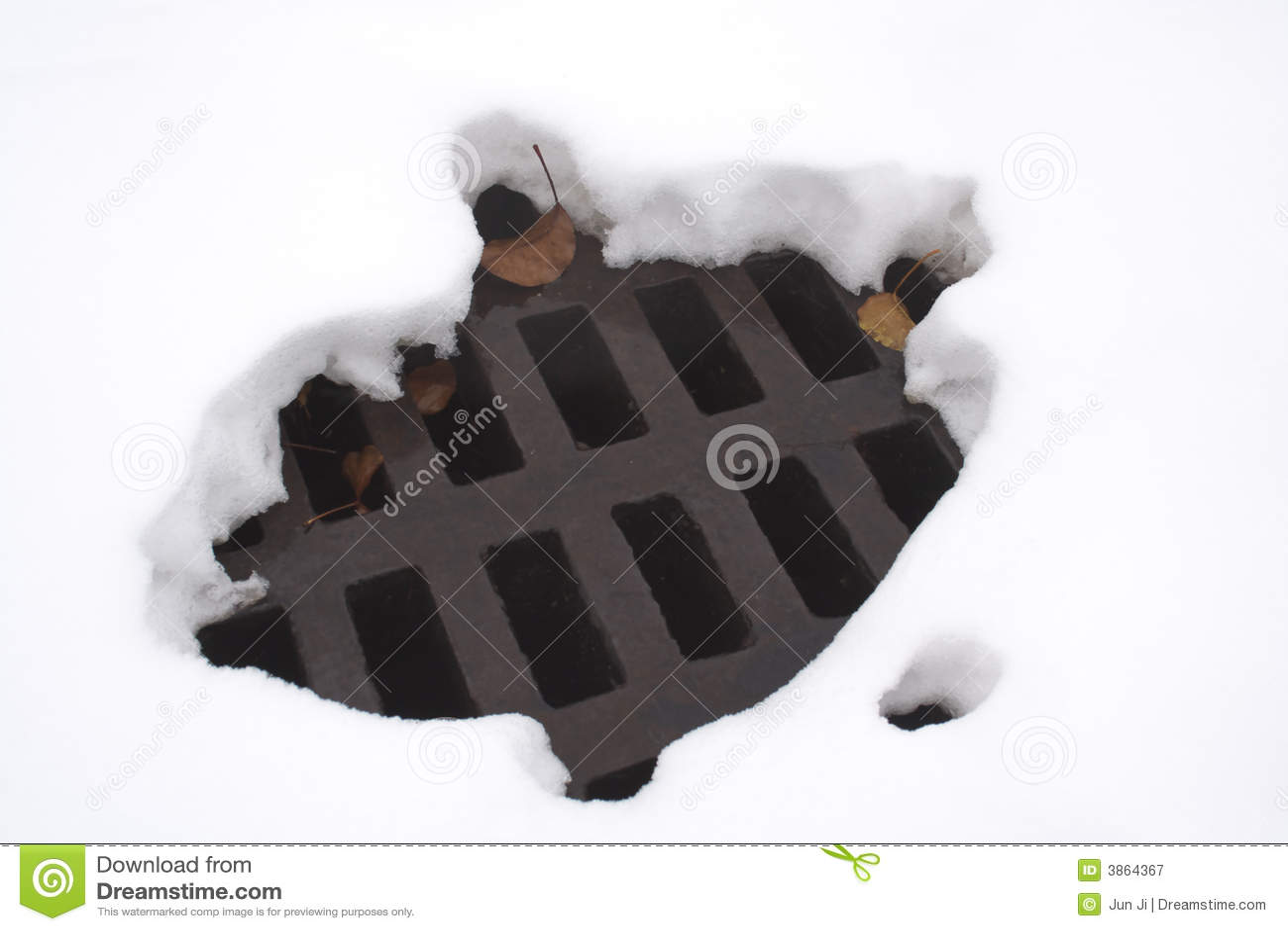 Dziura stopione śnieg