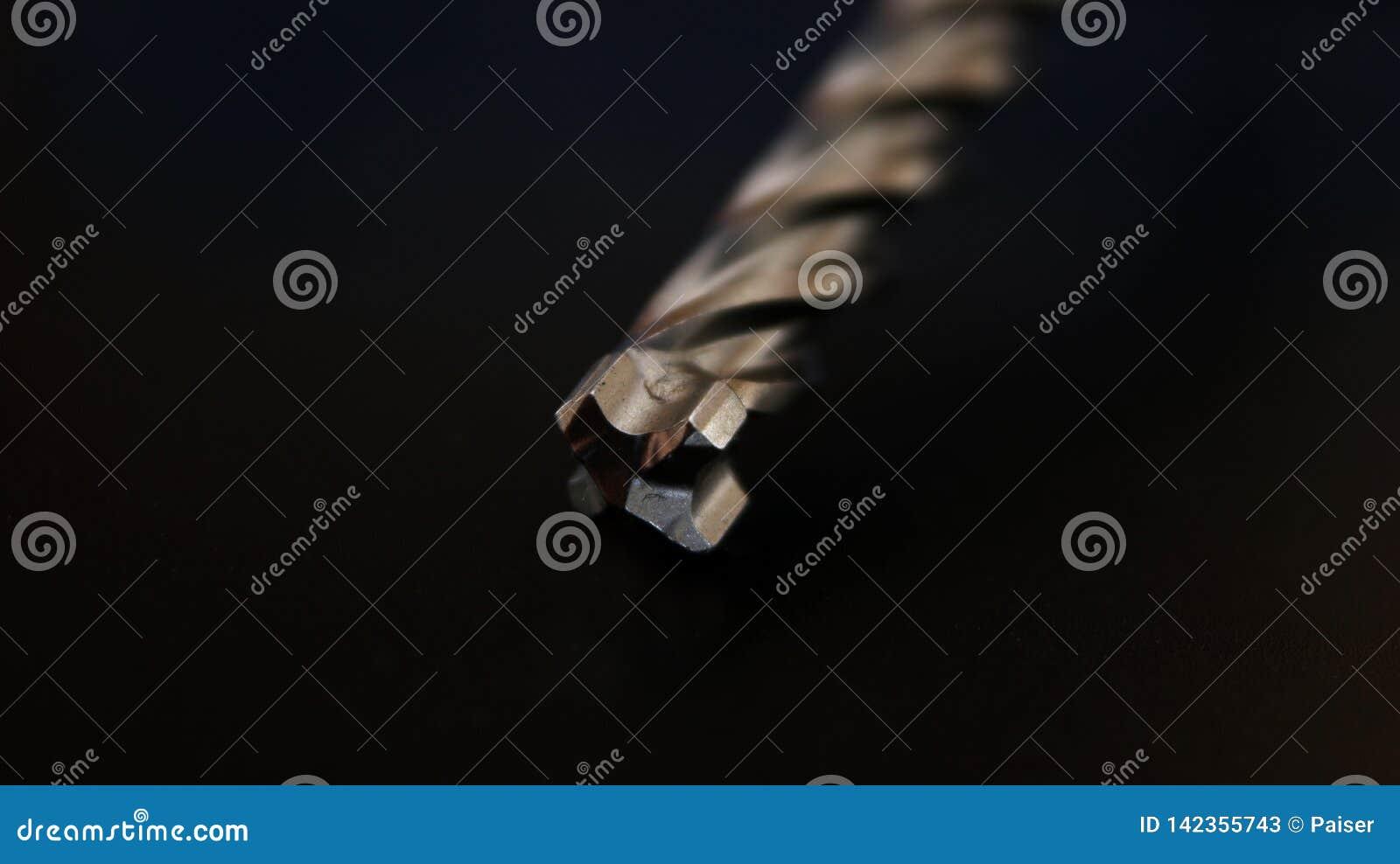 E 工具 r