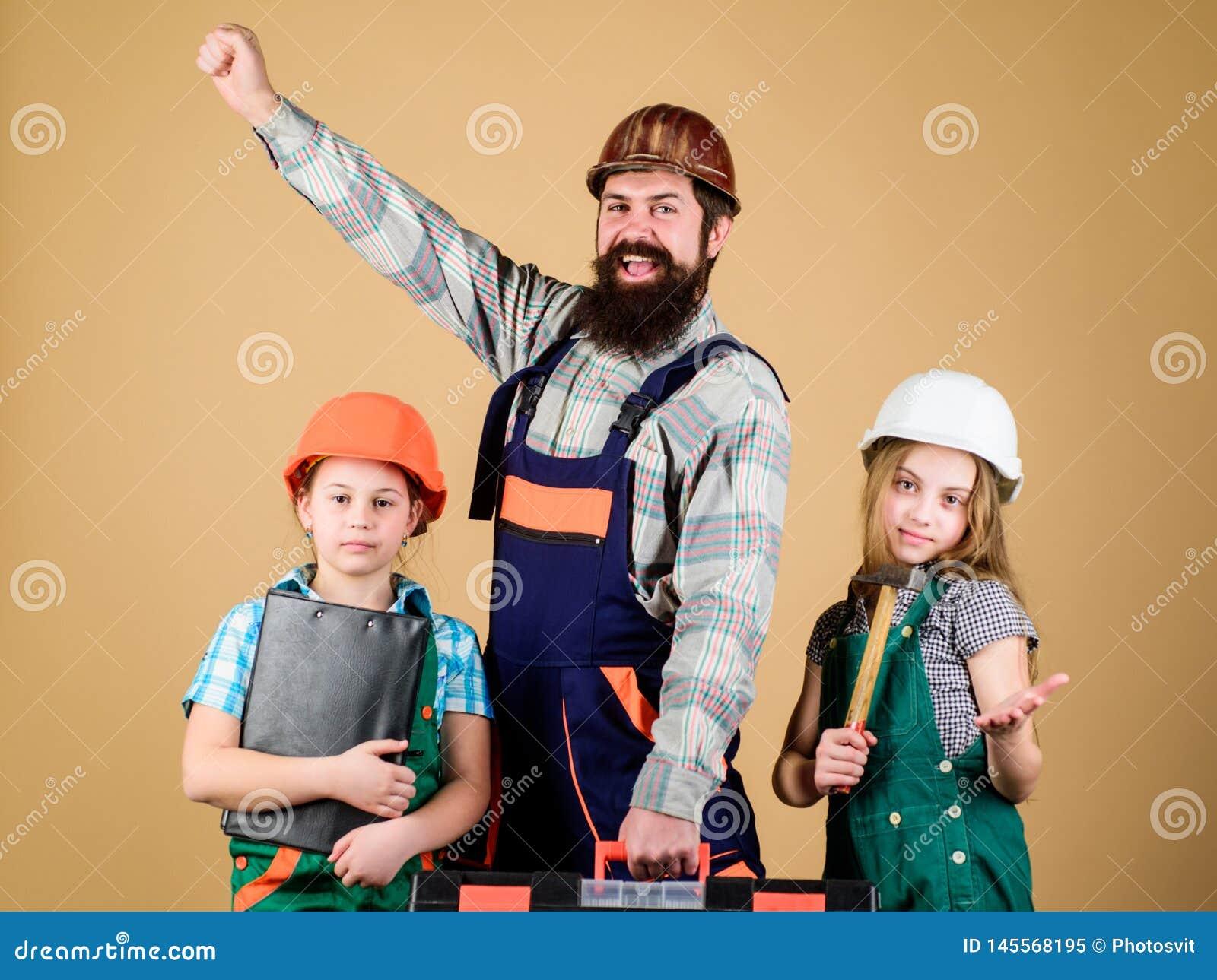 E Bouwer of Timmerman E reparatie De creativiteit van kinderen