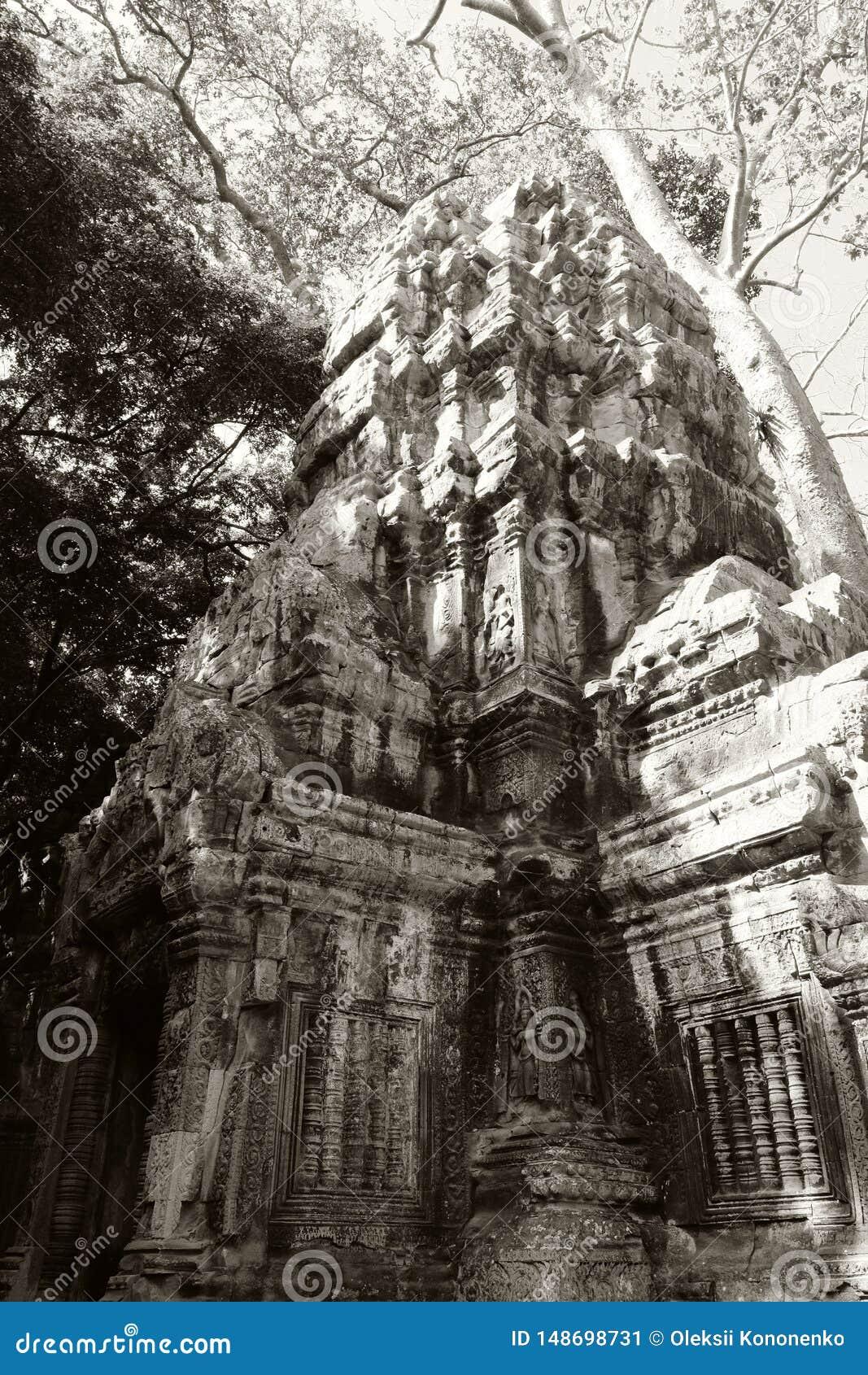 E Herencia arquitect?nica del imperio del Khmer r