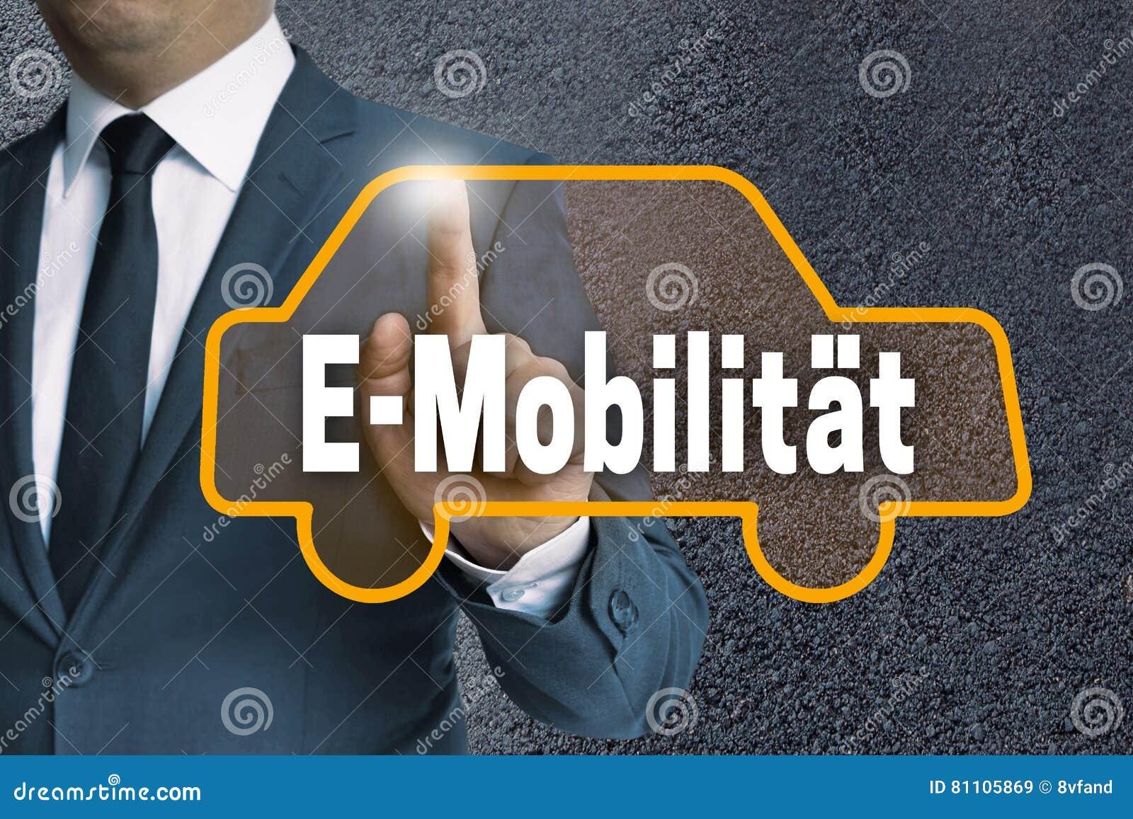 E-Mobilitaet w niemieckim ruchliwość ekranie sensorowym pokazuje busi