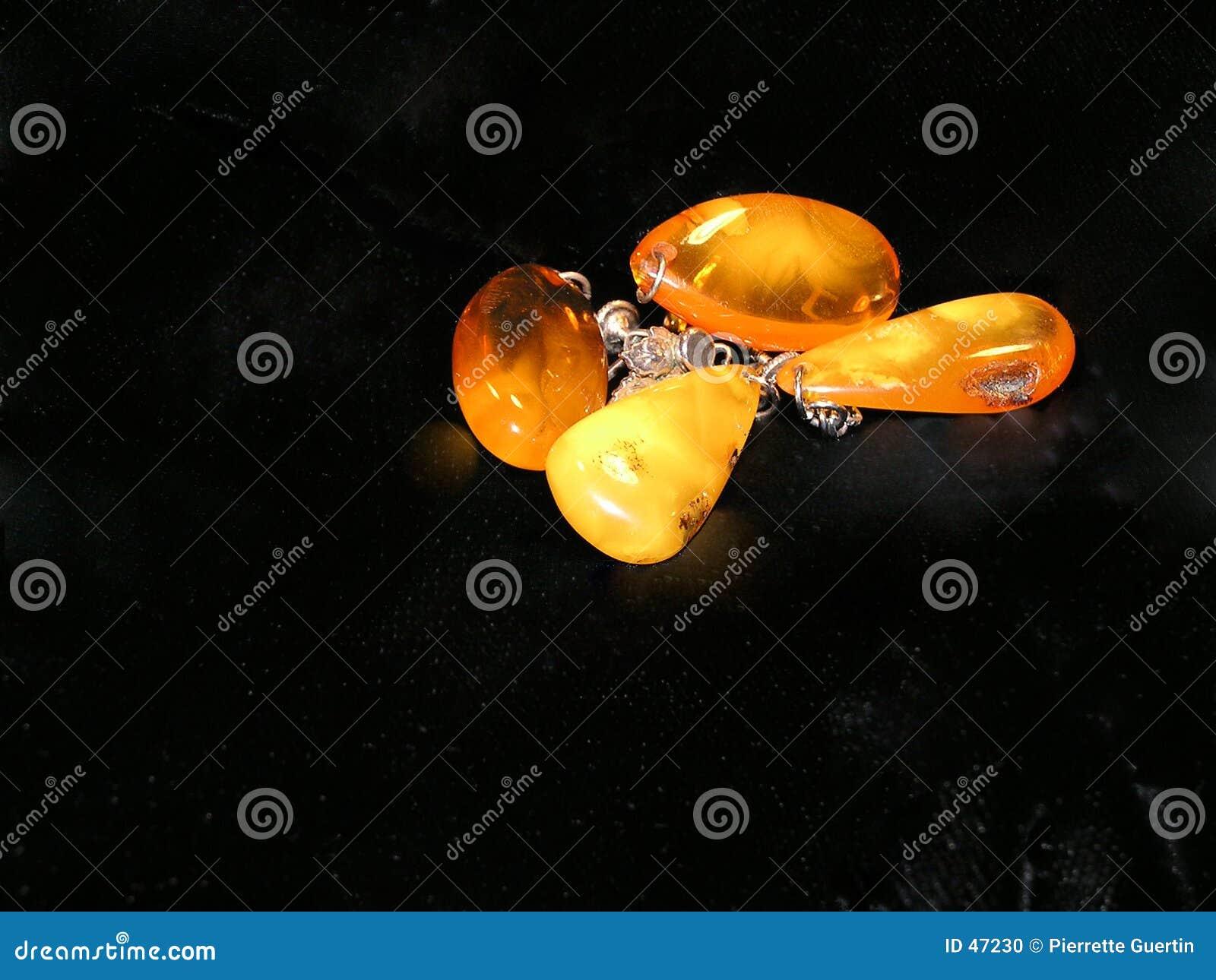 Earings ambarinos