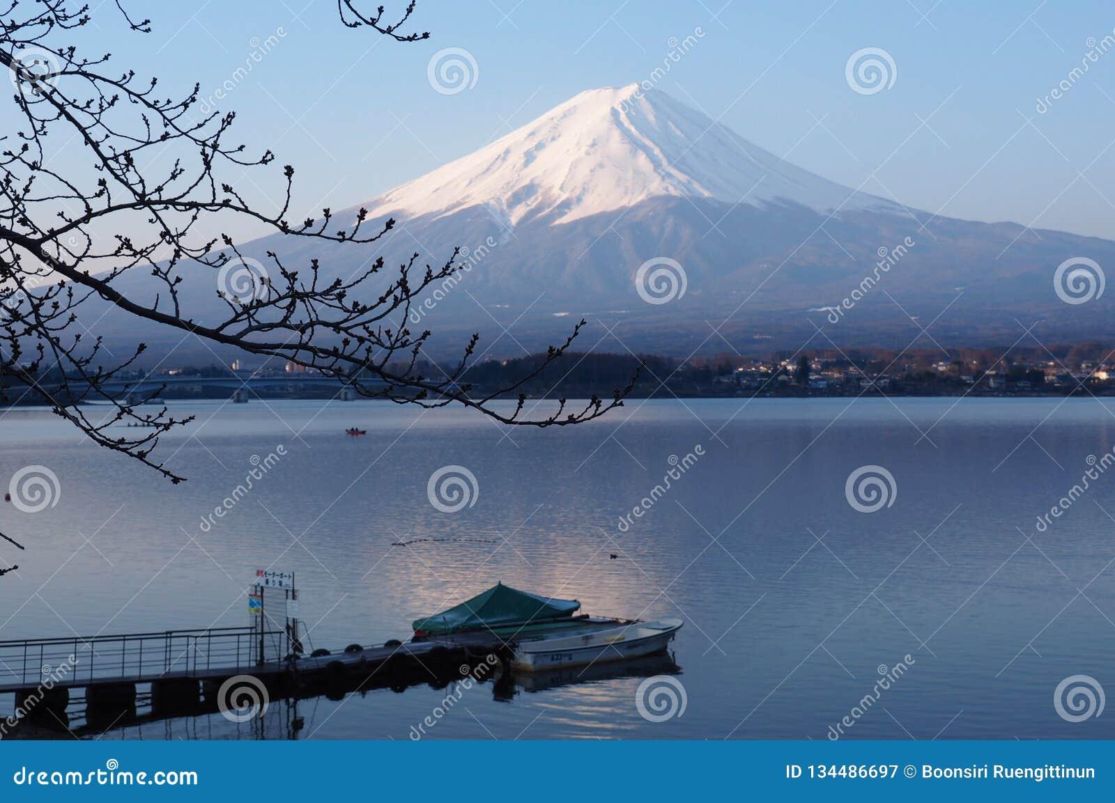 Early morning at the Kawaguchiko lake, Mount Fuji view, Japan.