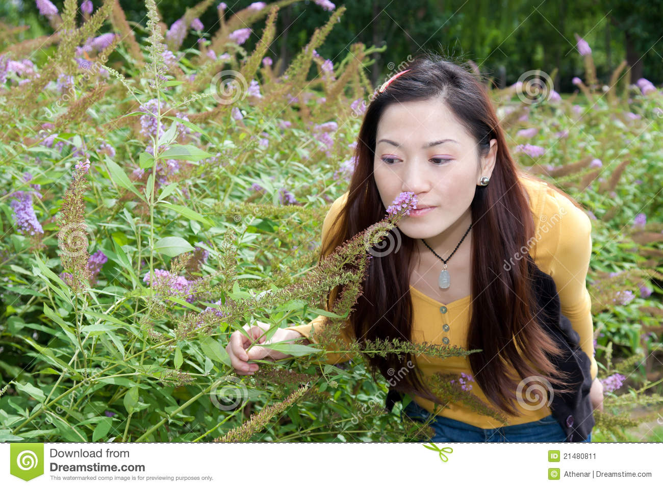 east otis asian girl personals Asian women need to stop dating white //thoughtcatalogcom/macy-sto-domingo/2014/03/white-men-dating-asian-women-isnt-the now all these asian girls.