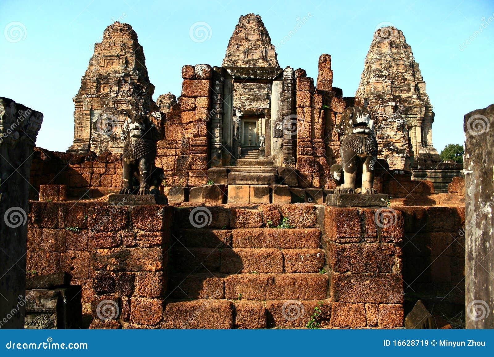 East Mebon,Angkor