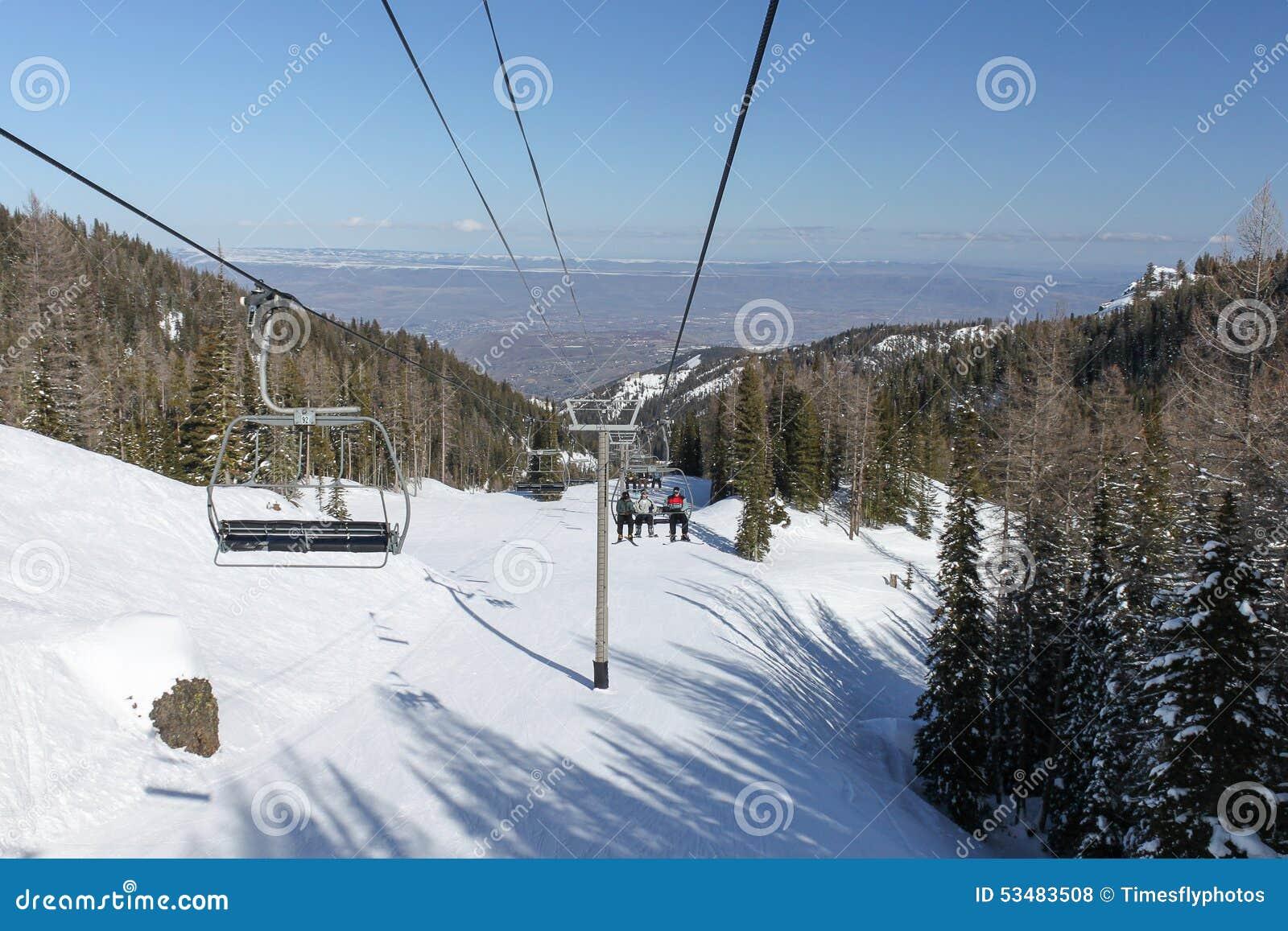 east wenatchee from mission ridge ski resort stock photo - image of