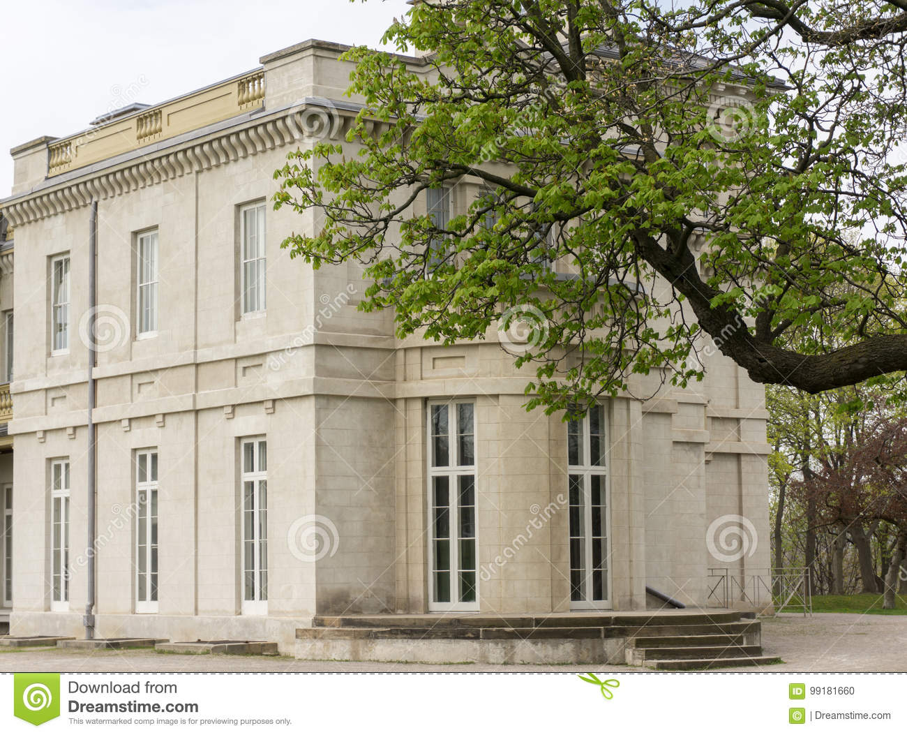 Dundurn park and castle