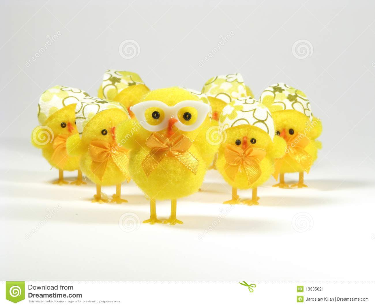 Easter Chicken Family Stock Image - Image: 13335621