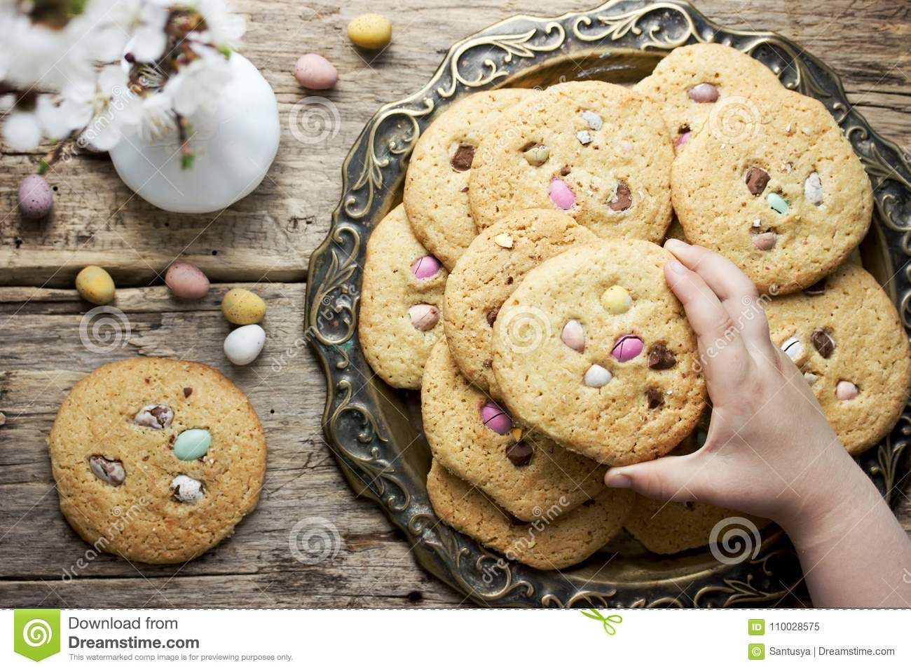 Easter egg cookies for kids