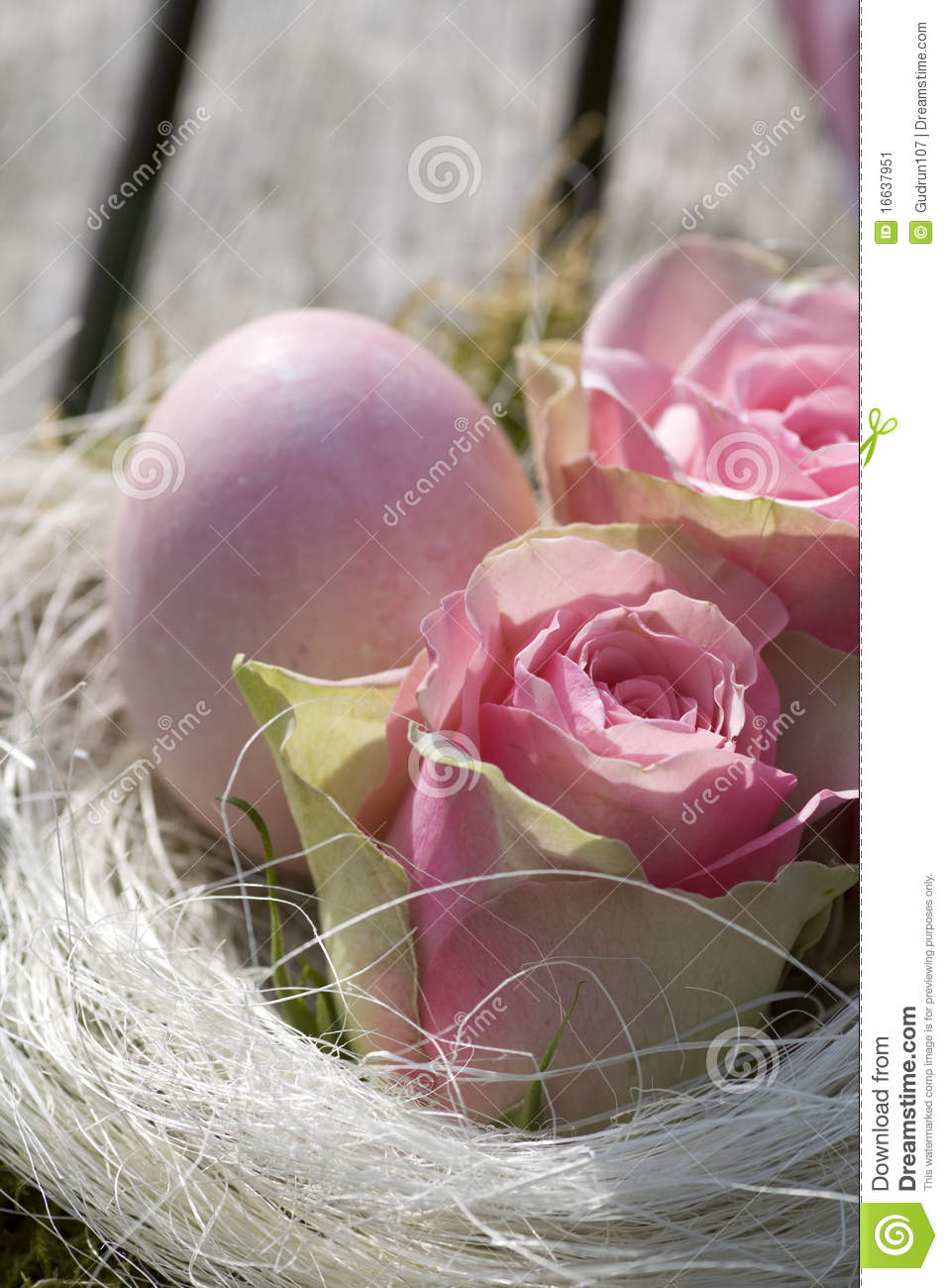 Easter Egg In Pink With Roses Country Style Stock Image