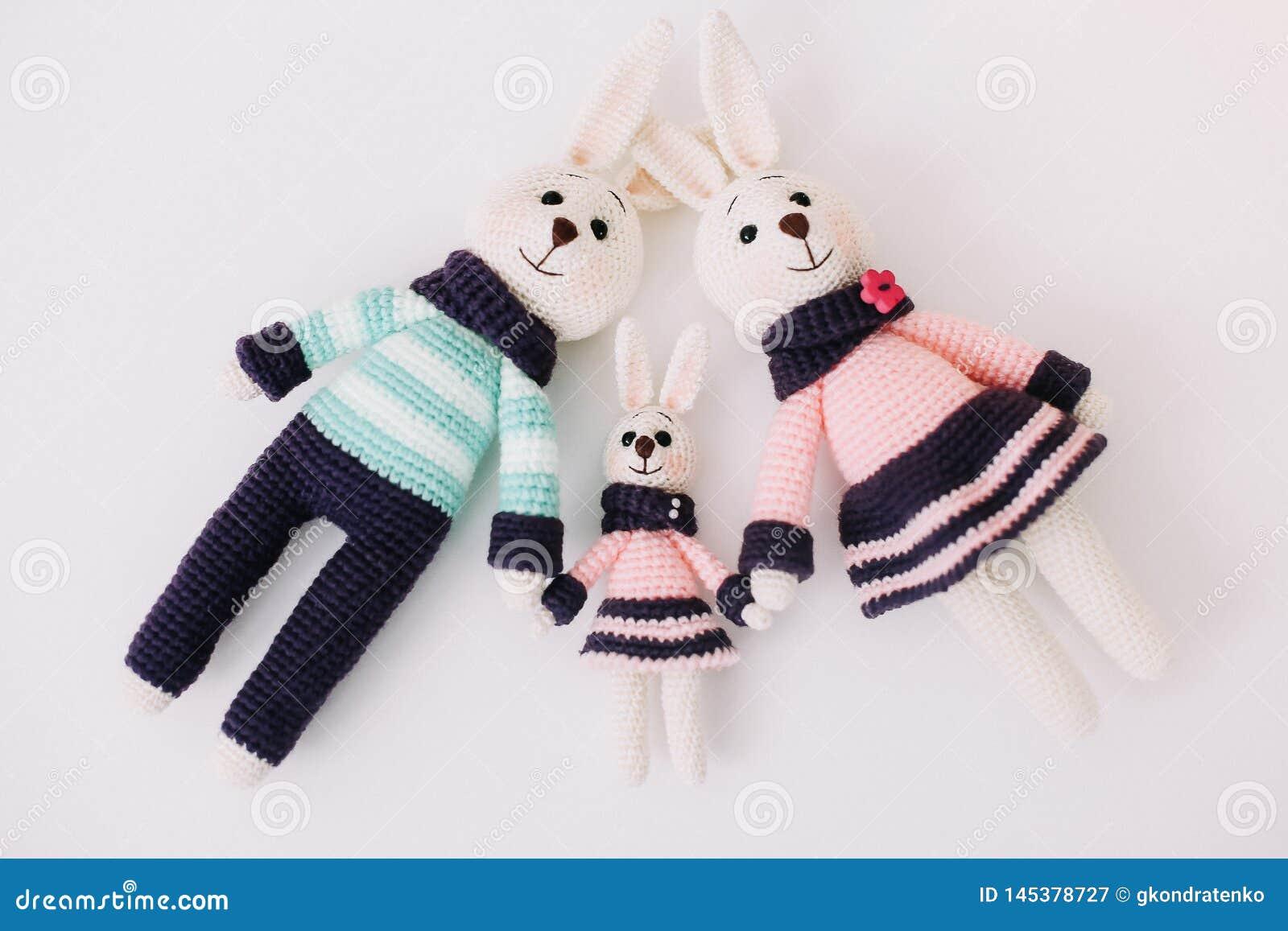 Ravelry: Bunny Family - patterns | 1155x1600