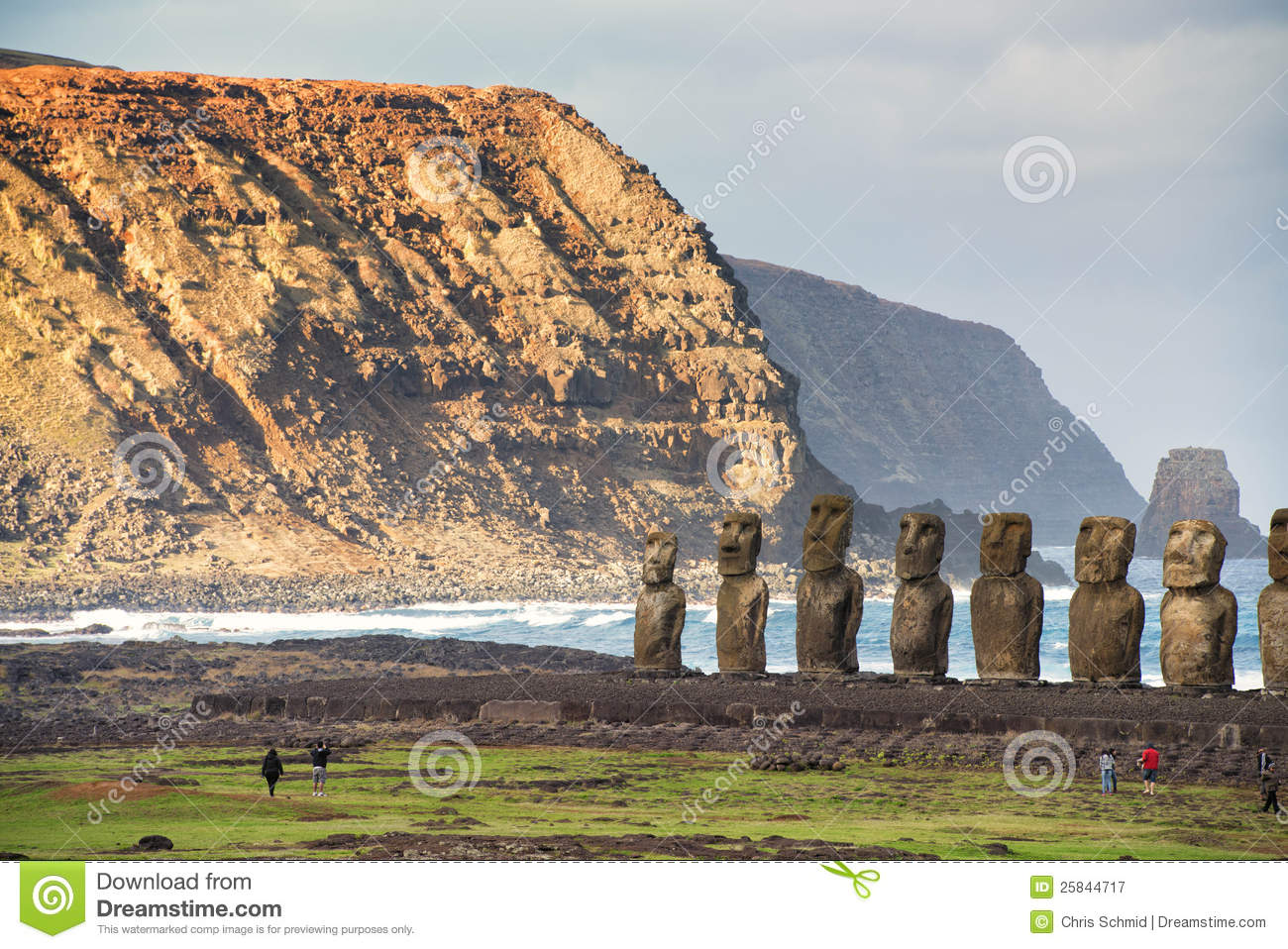 exploring the mysteries hidden on easter island Explore some of the world's most enigmatic places: stonehenge and easter island search write a mysterious & unexplained story.
