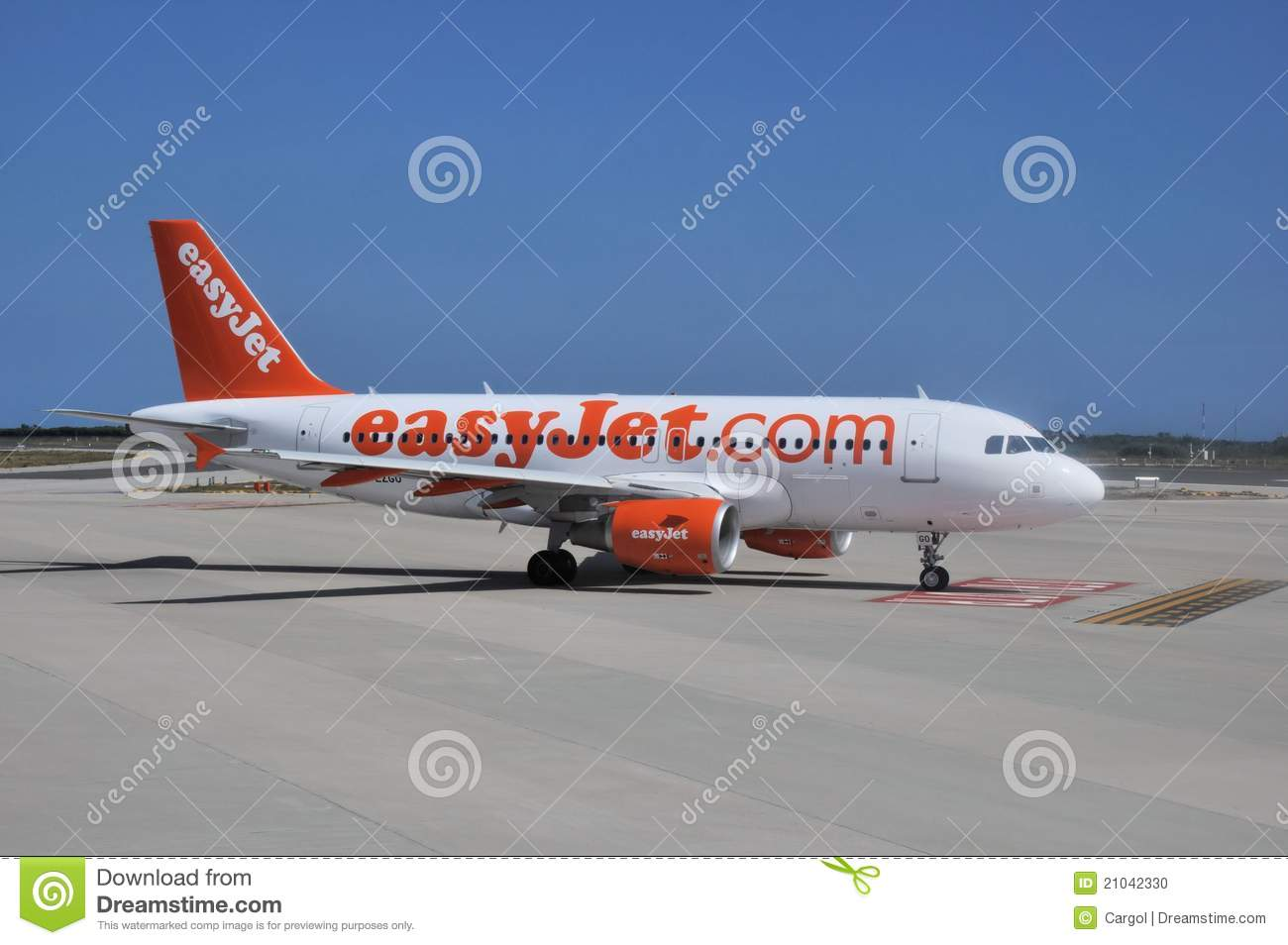 predefining a marketing plan for easyjet Insights for banks from the retailing sector  • marketing (with an emphasis on  elements create a social media plan that works beautifully to create millions.