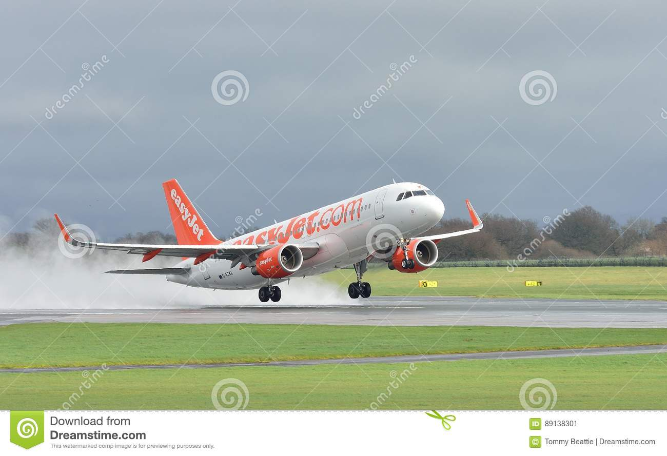 Easyjet Airbus A320 Commercial Airliner