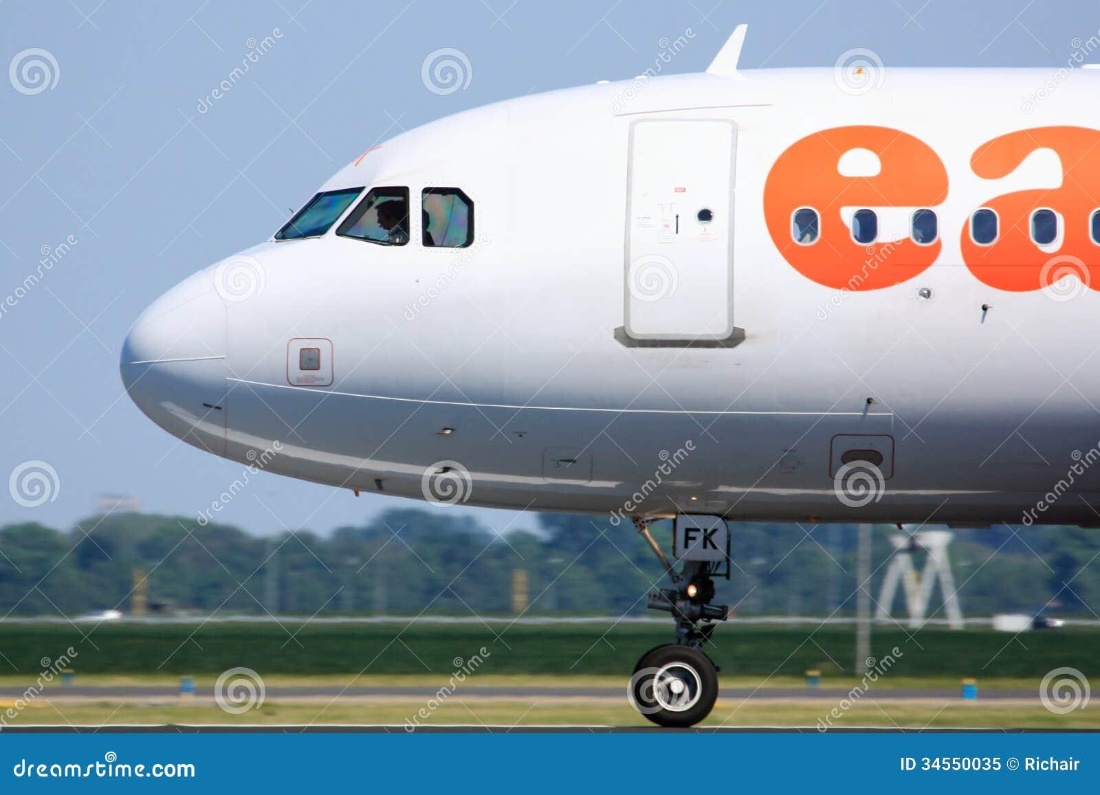 Easyjet cockpit side view
