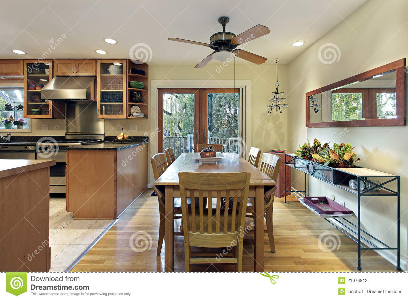 Eating Area Of Kitchen Stock Photography  Image 21076812 -> Funkcjonalna Kuchnia Z Salonem