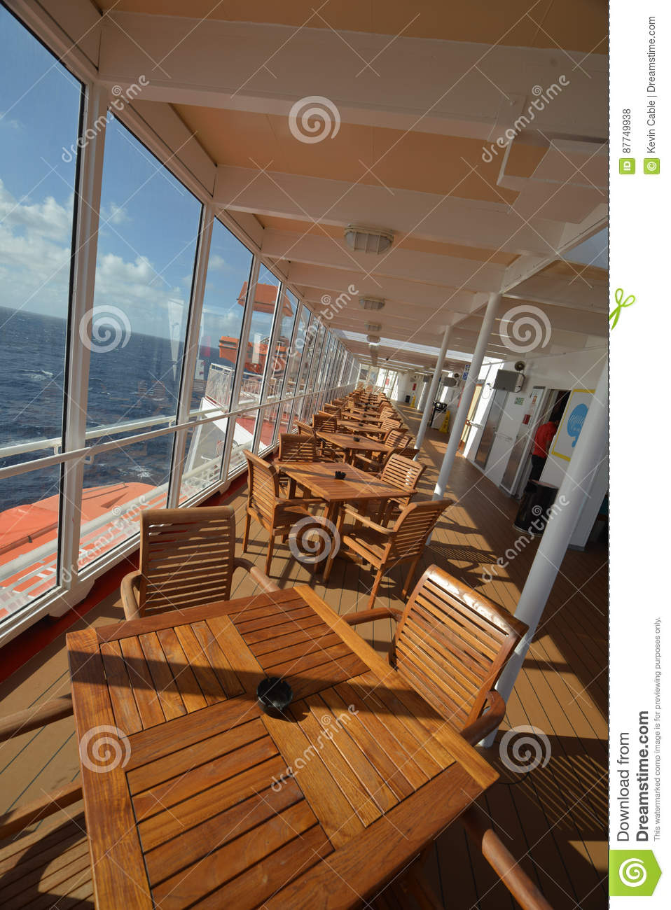 Download Cruise Ship For Eating  Images