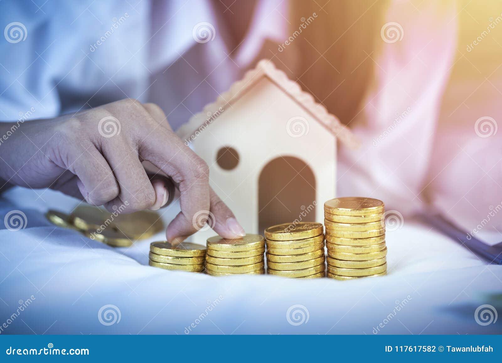 Economia, plano de aposentação, conceito do planeamento financeiro Coupl novo