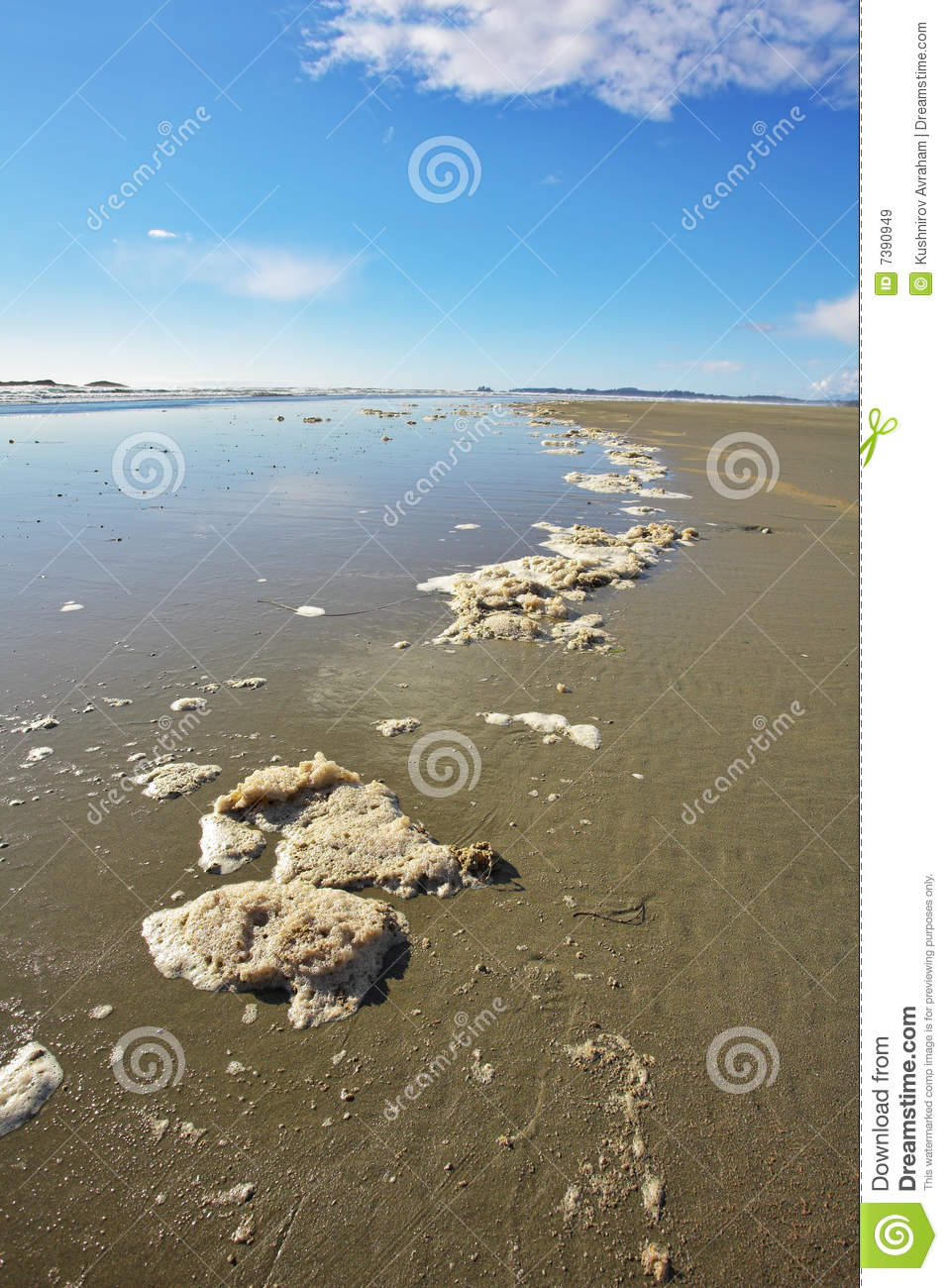 The Edge Of Water Royalty Free Stock Images Image 7390949