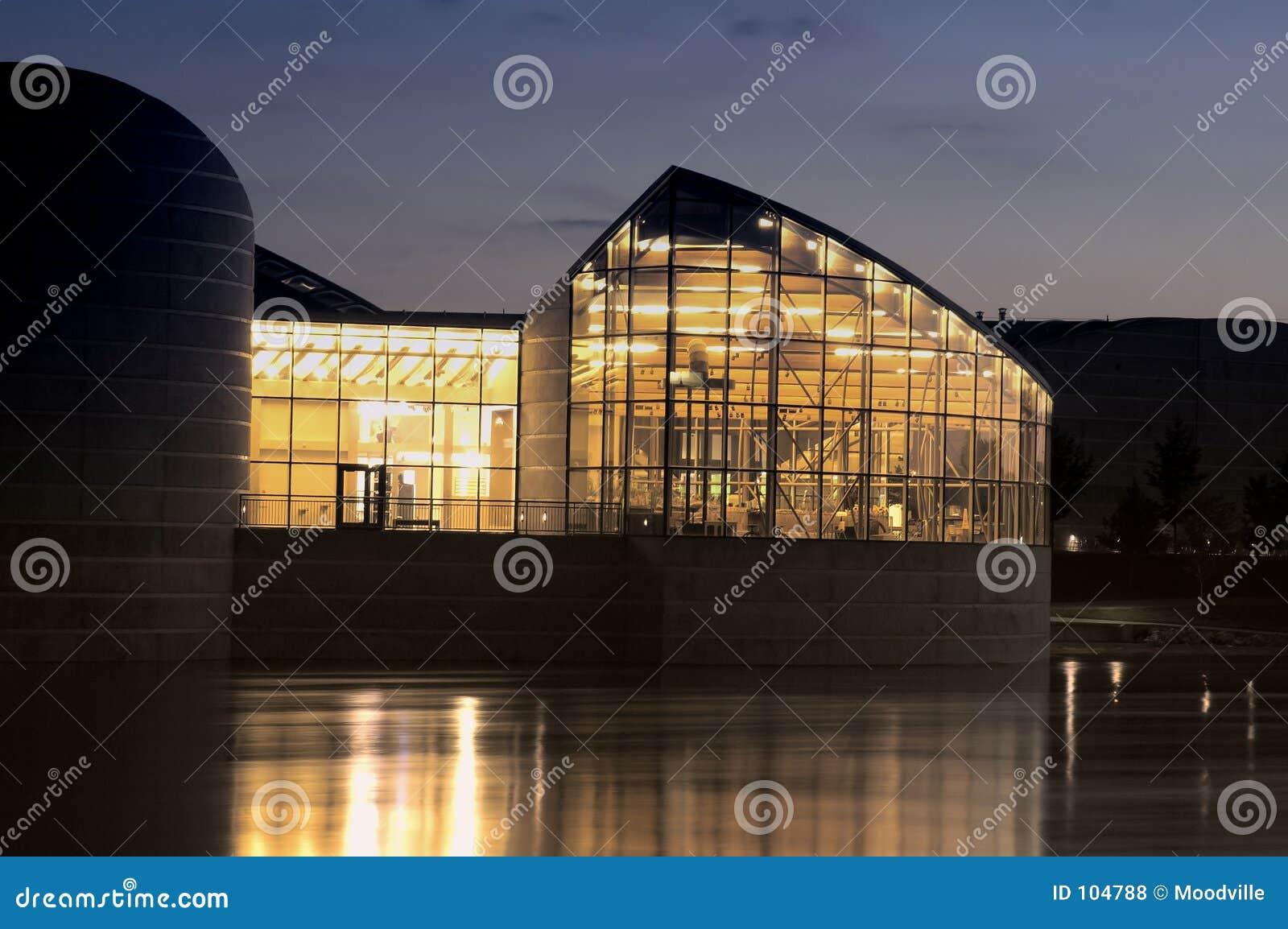 Edifício da noite