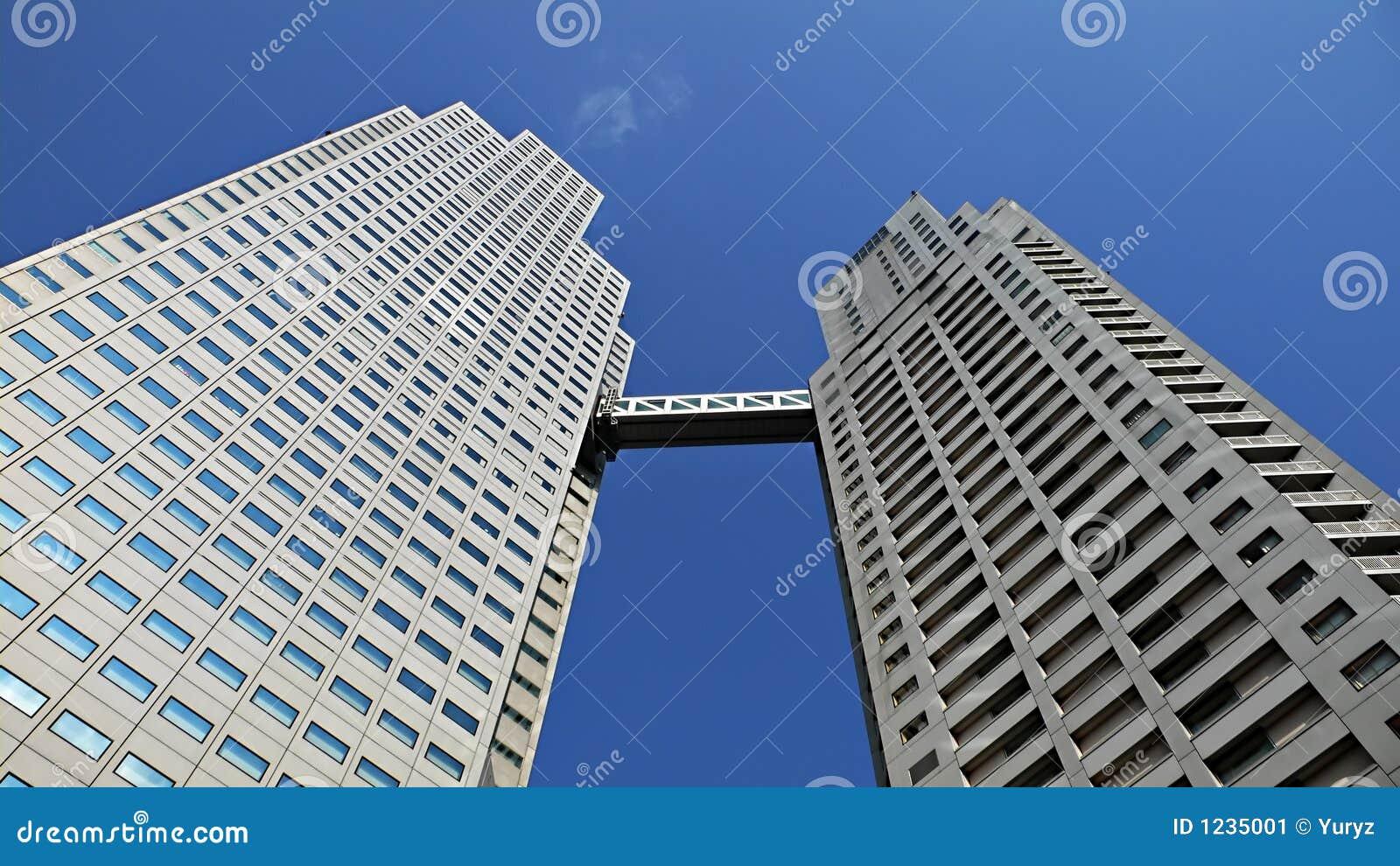 Edifício up-stair moderno