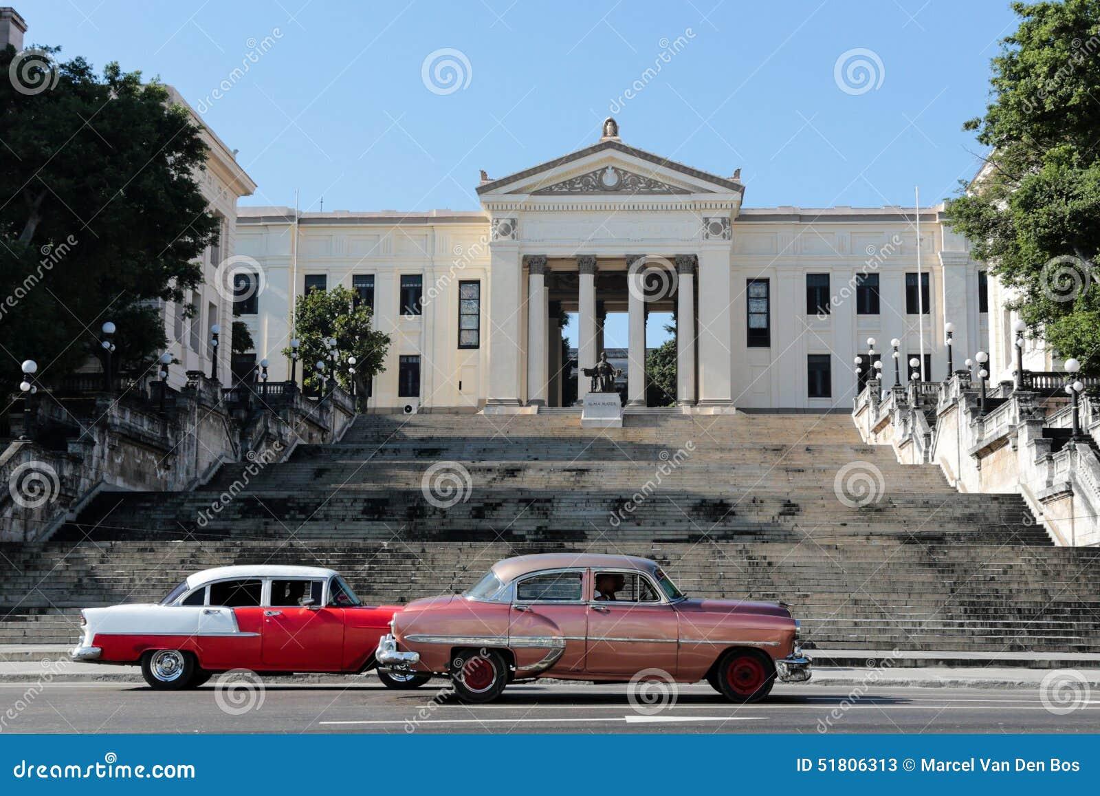 Edificio de la universidad en La Habana