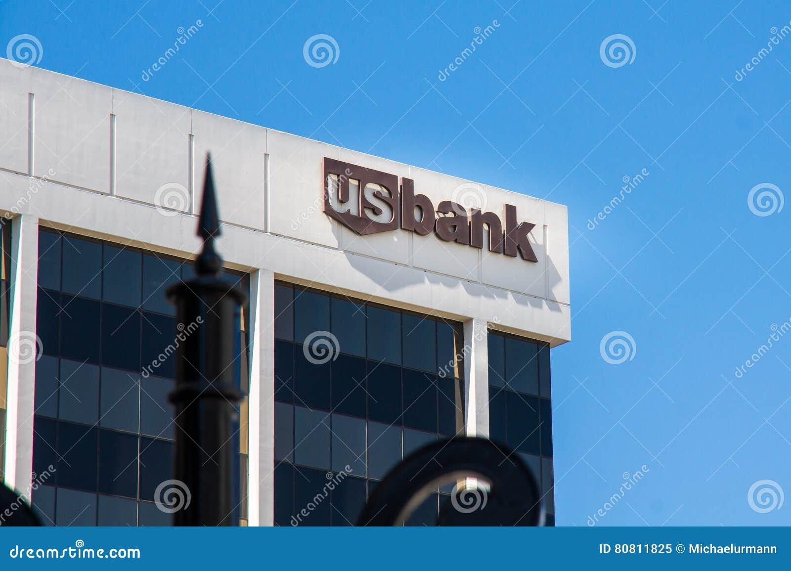 Edificio de oficinas del banco de los E.E.U.U. en Beverly Hills