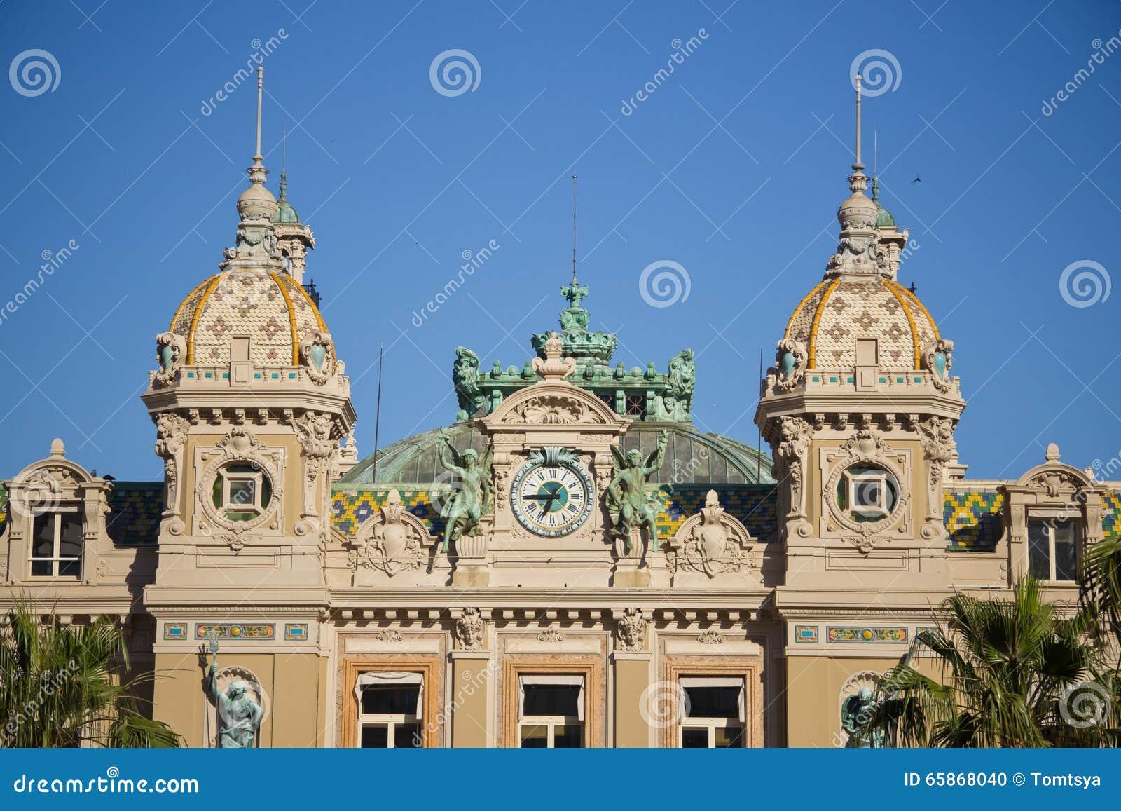 Edificio del casino en Monte Carlo en Mónaco