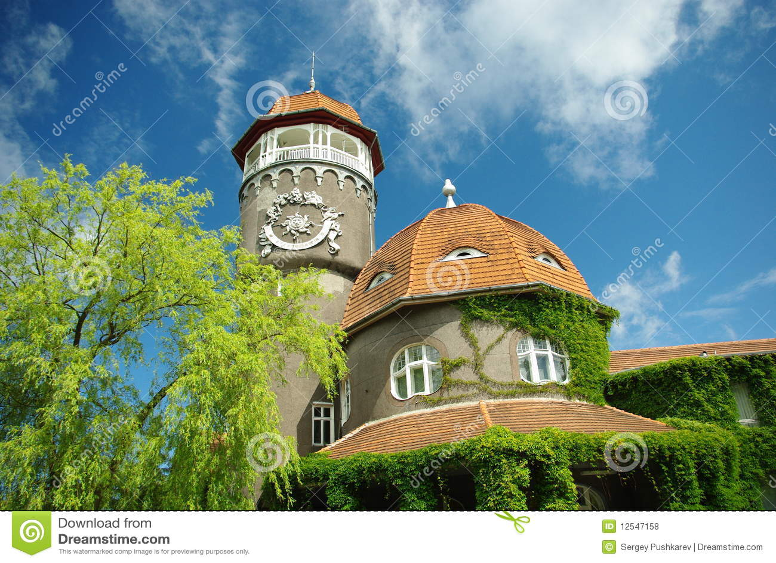 Edificio viejo del alemán-estilo