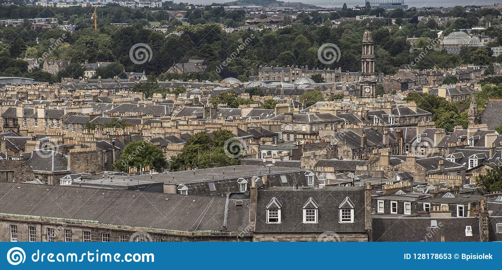 Edinburgh, Schotland - een mening van Calton-Heuvel - traditionele architectuur