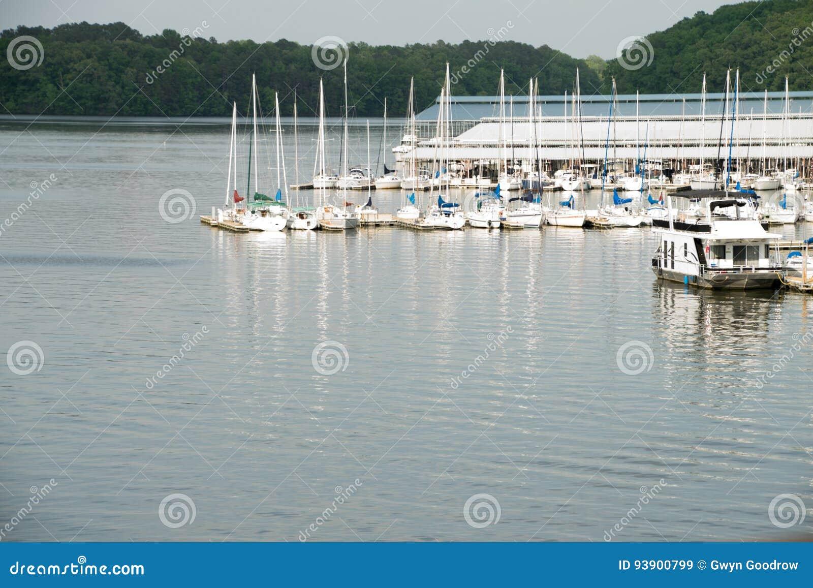 Editorial: Joe Wheeler State Park Alabama Marina and river