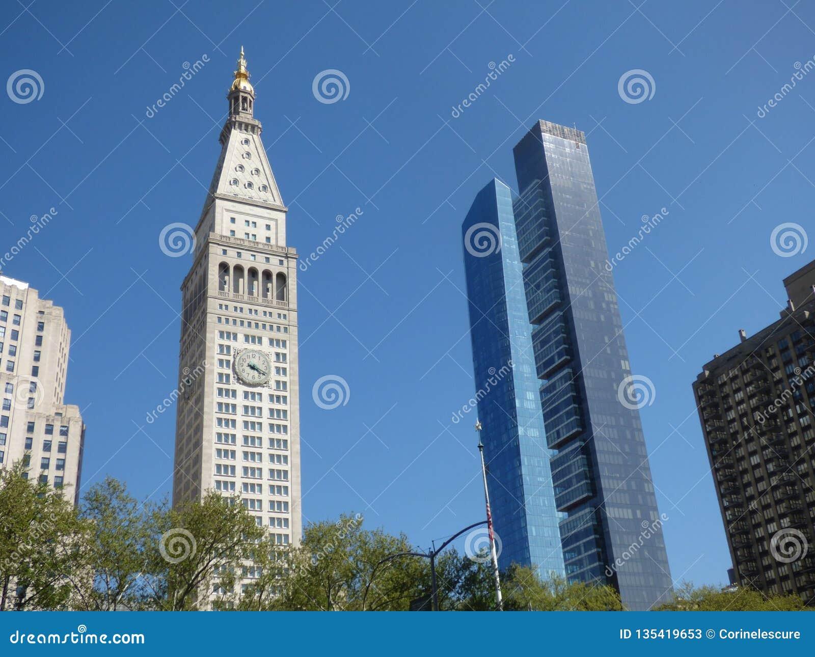 EE.UU. Nueva York Madison Square Park Torre metropolitana de la vida y un Madison Tower